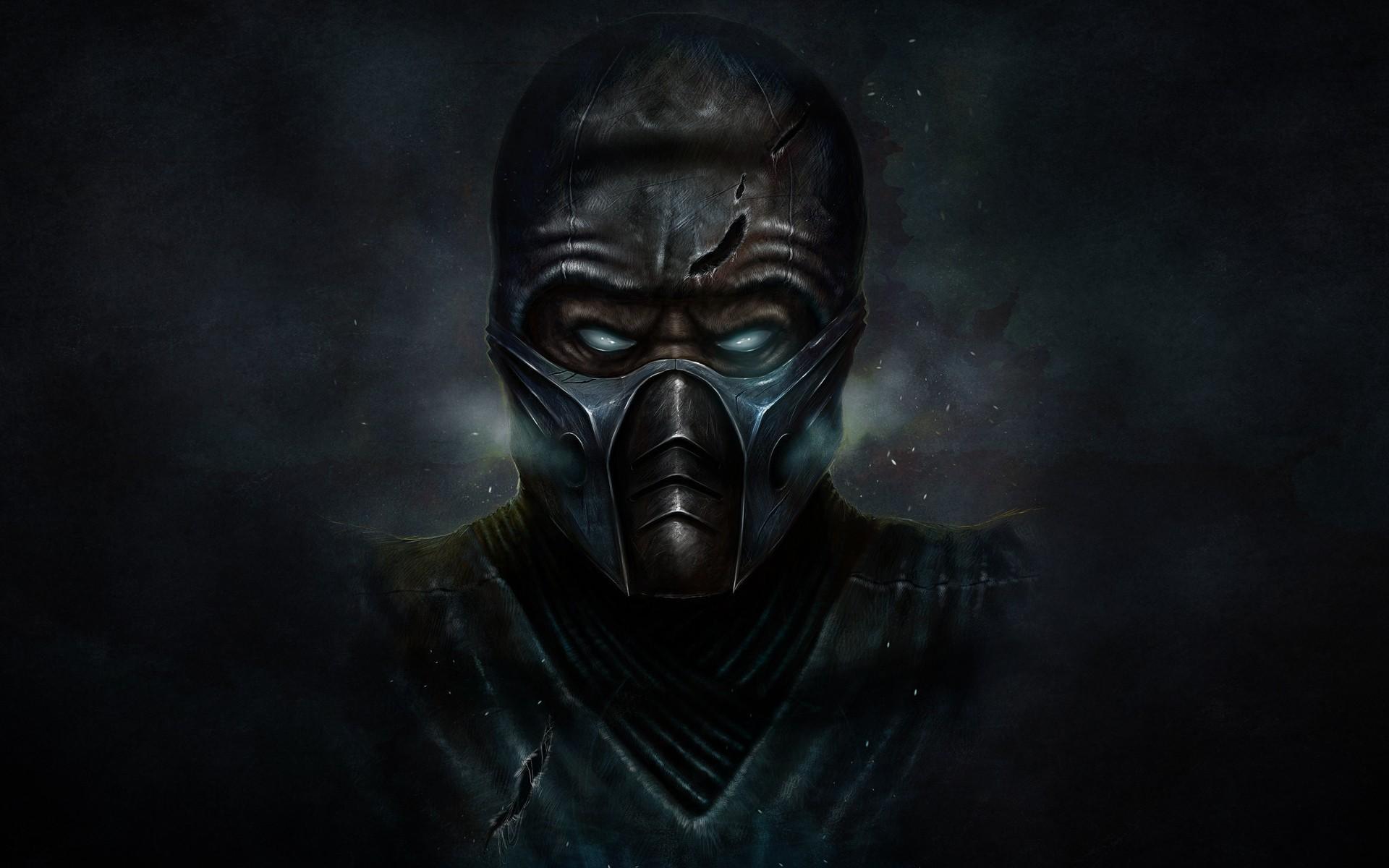 Персонажи в масках из игр