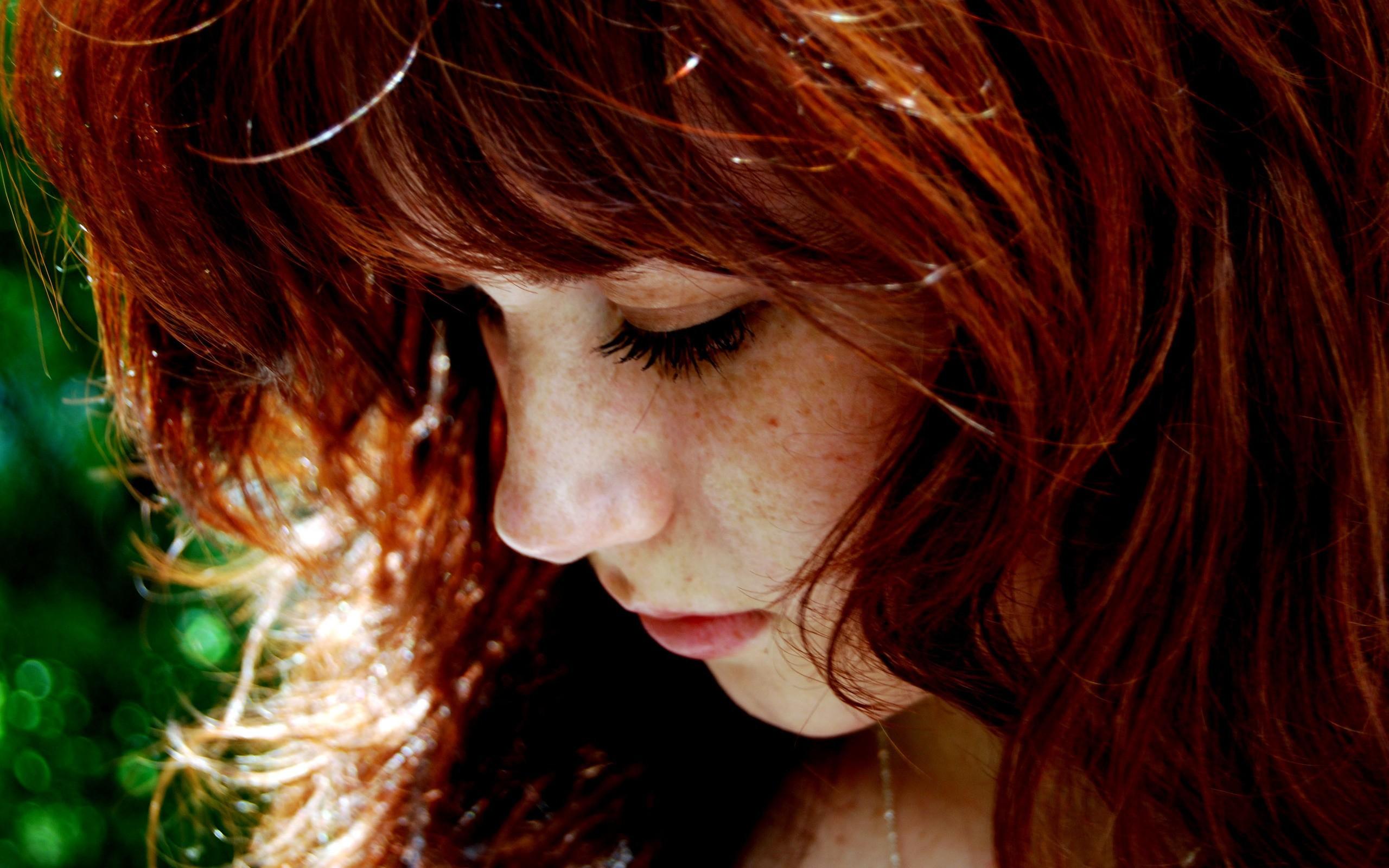 Фото девушек с рыжими волосами со спины 6 фотография