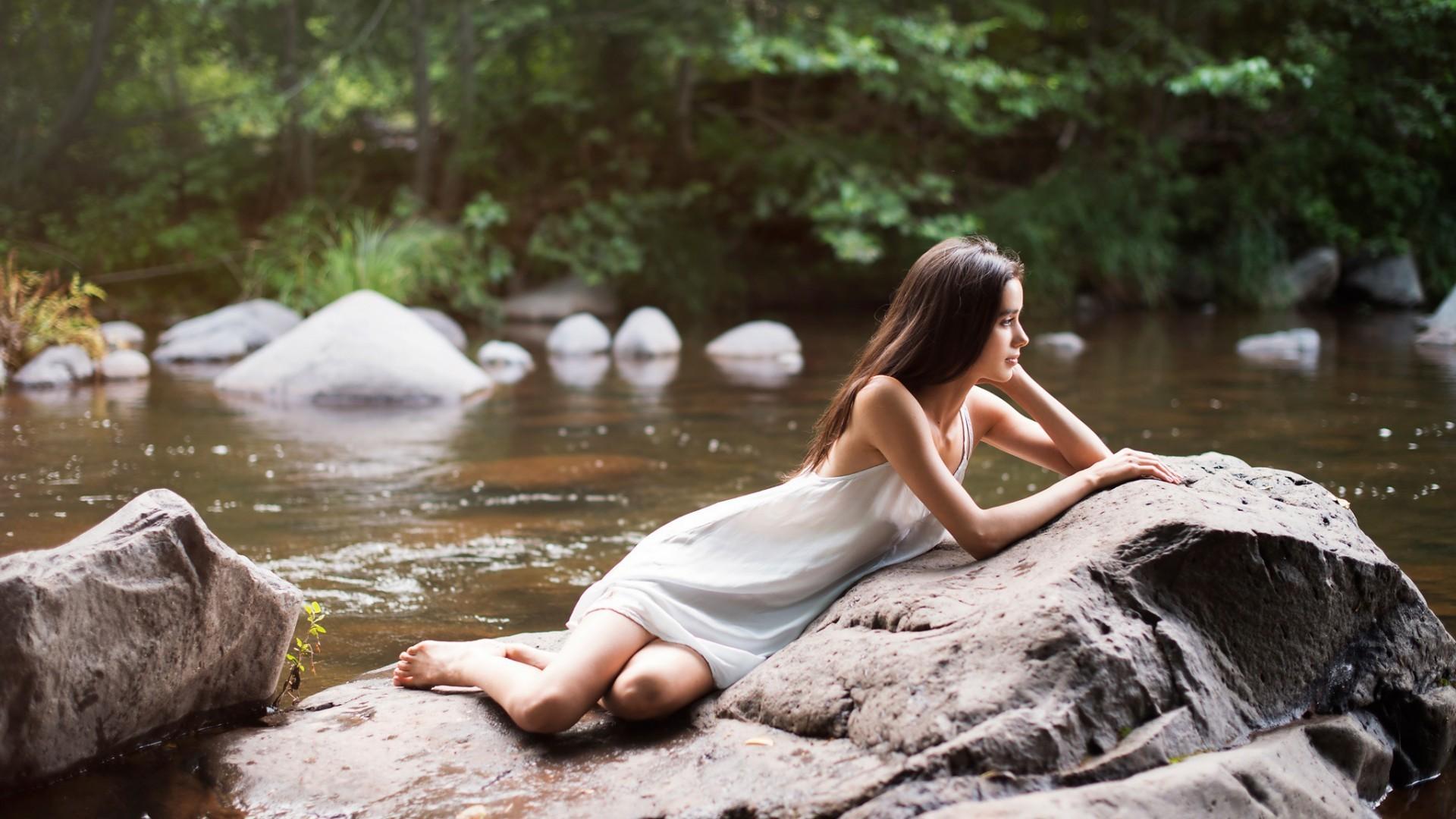 колоритный как сделать фотосессию у реки того что цветки
