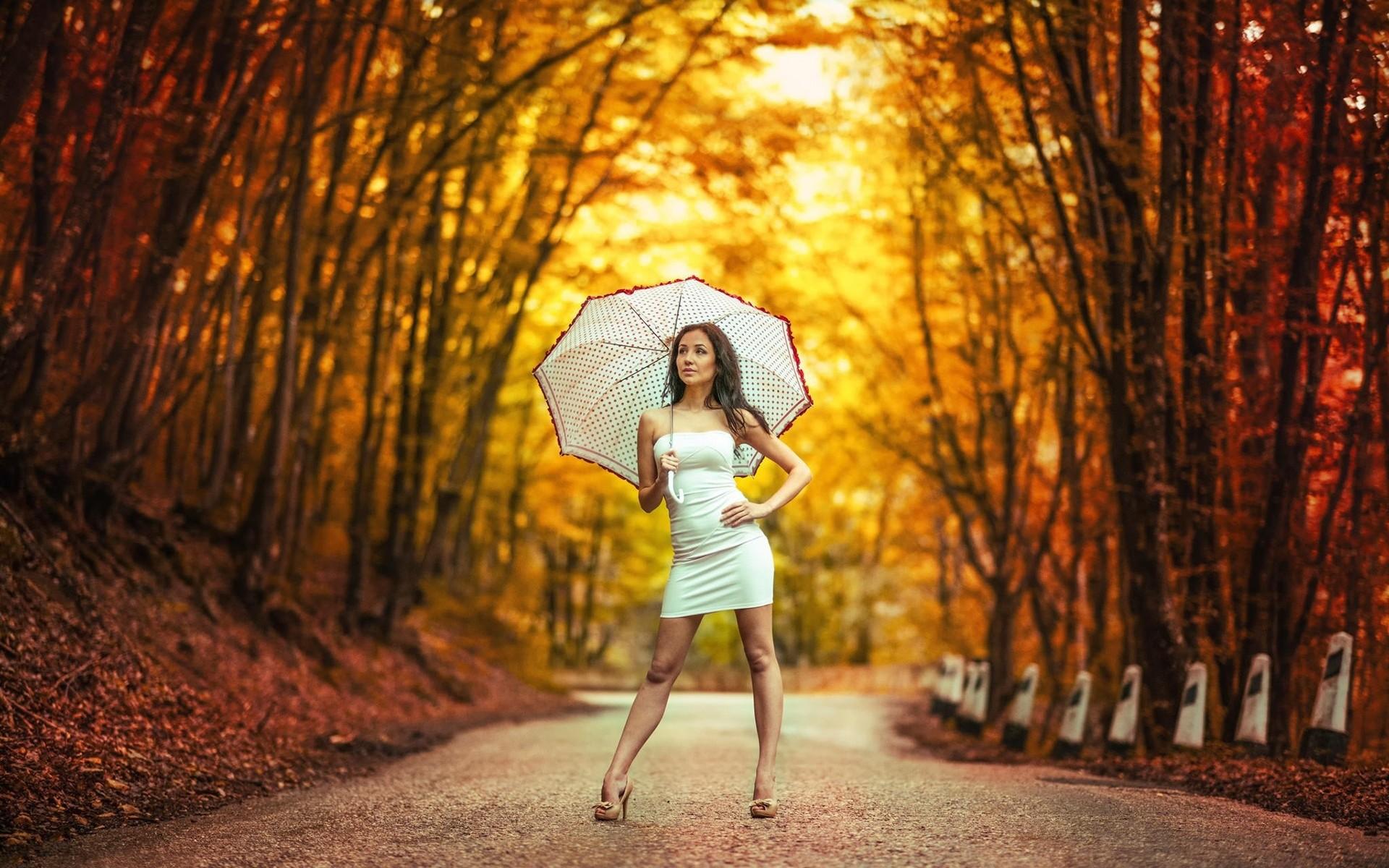Детская, картинки девушка с зонтиком в осеннем парке