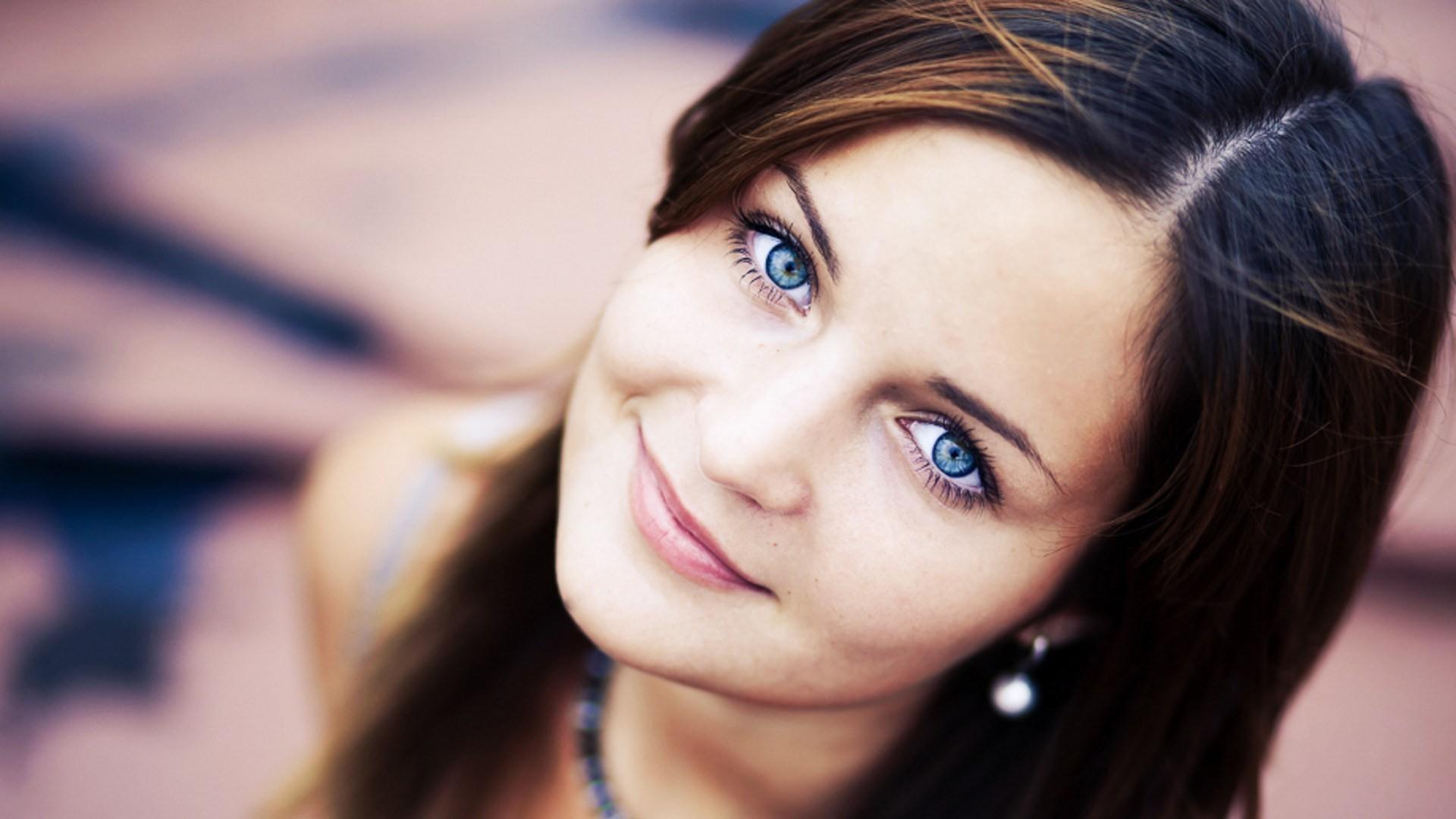 Красивые лица девушек на фейсбуке фото — 1