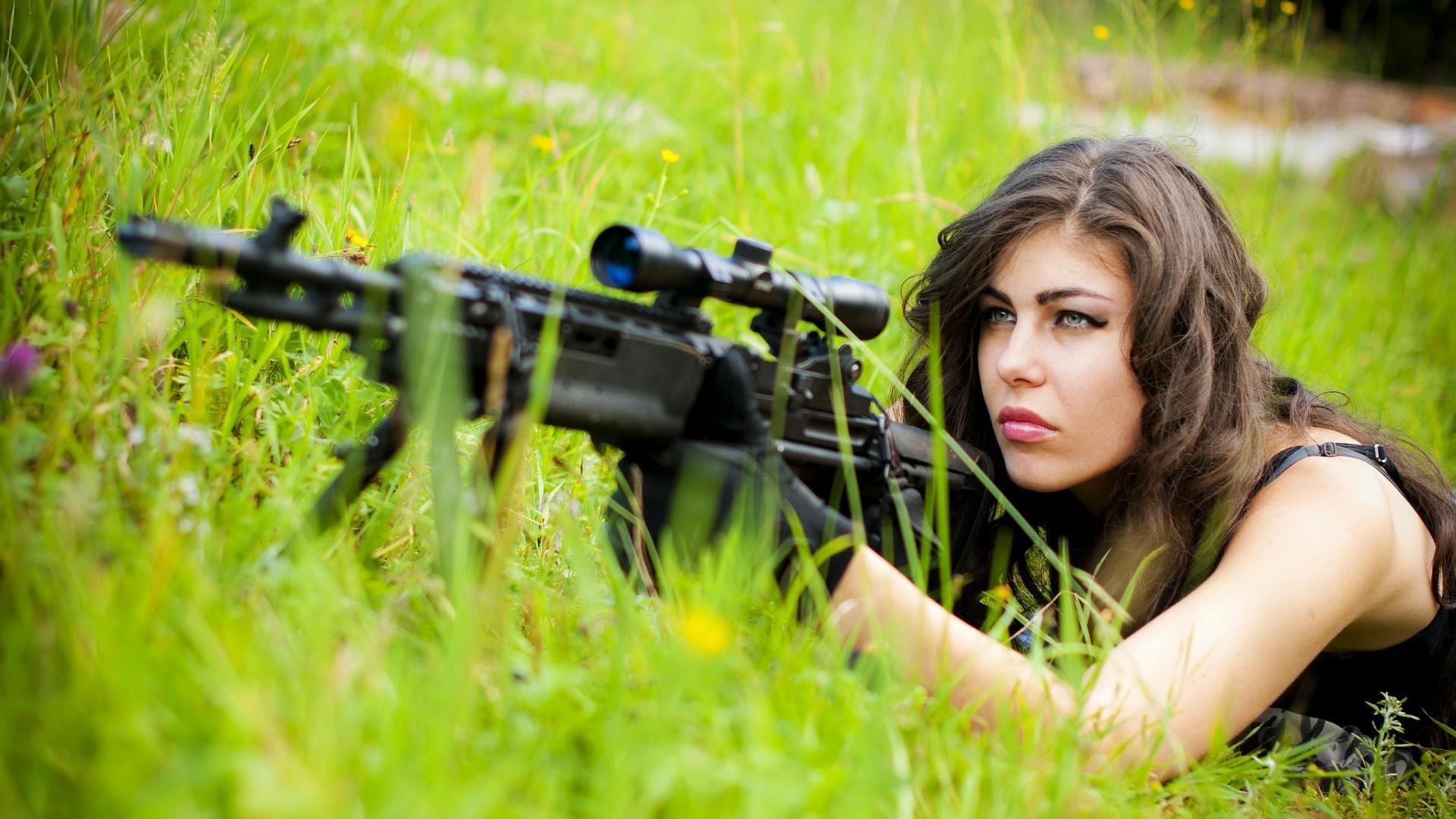 Картинки с девушками снайперами