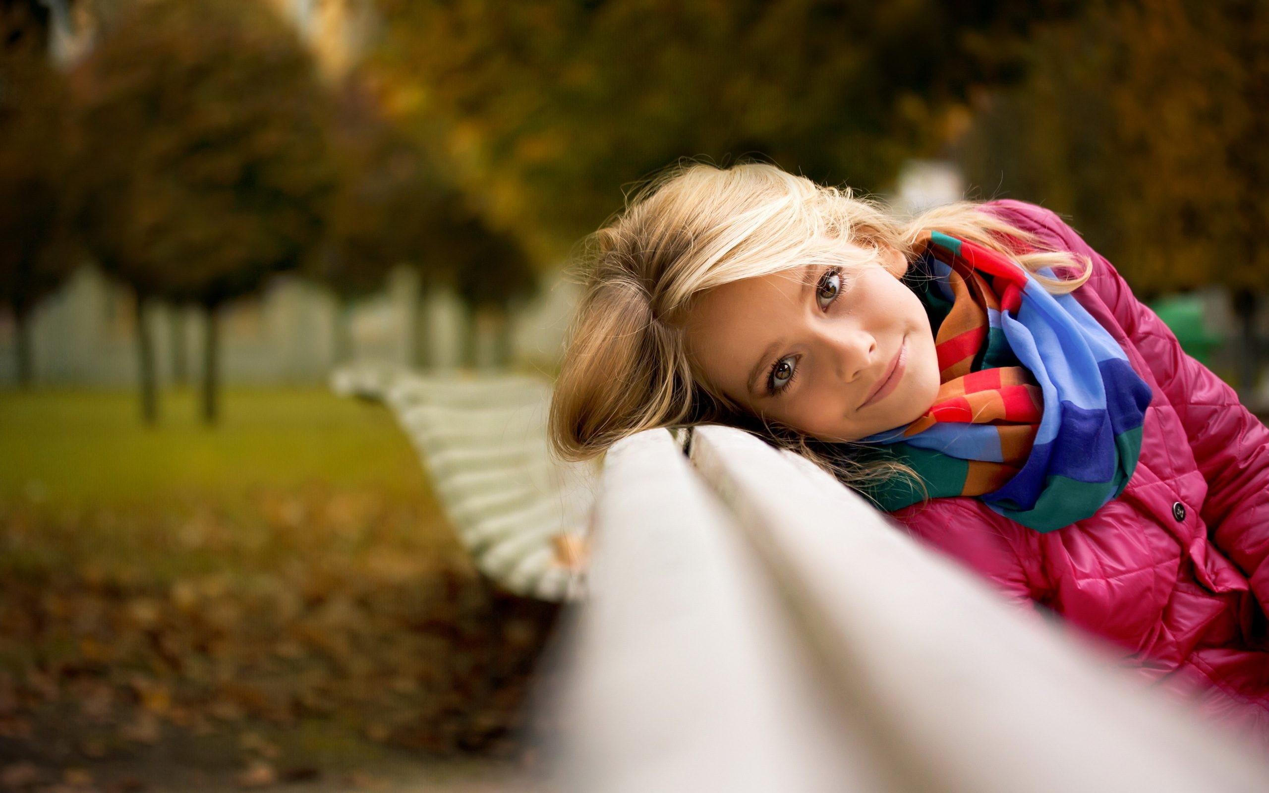 фото девушек в парке