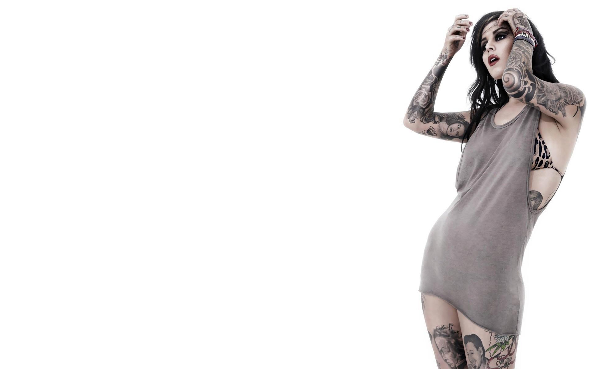 Tattoo Girl Von - Model with tattoo kat von d