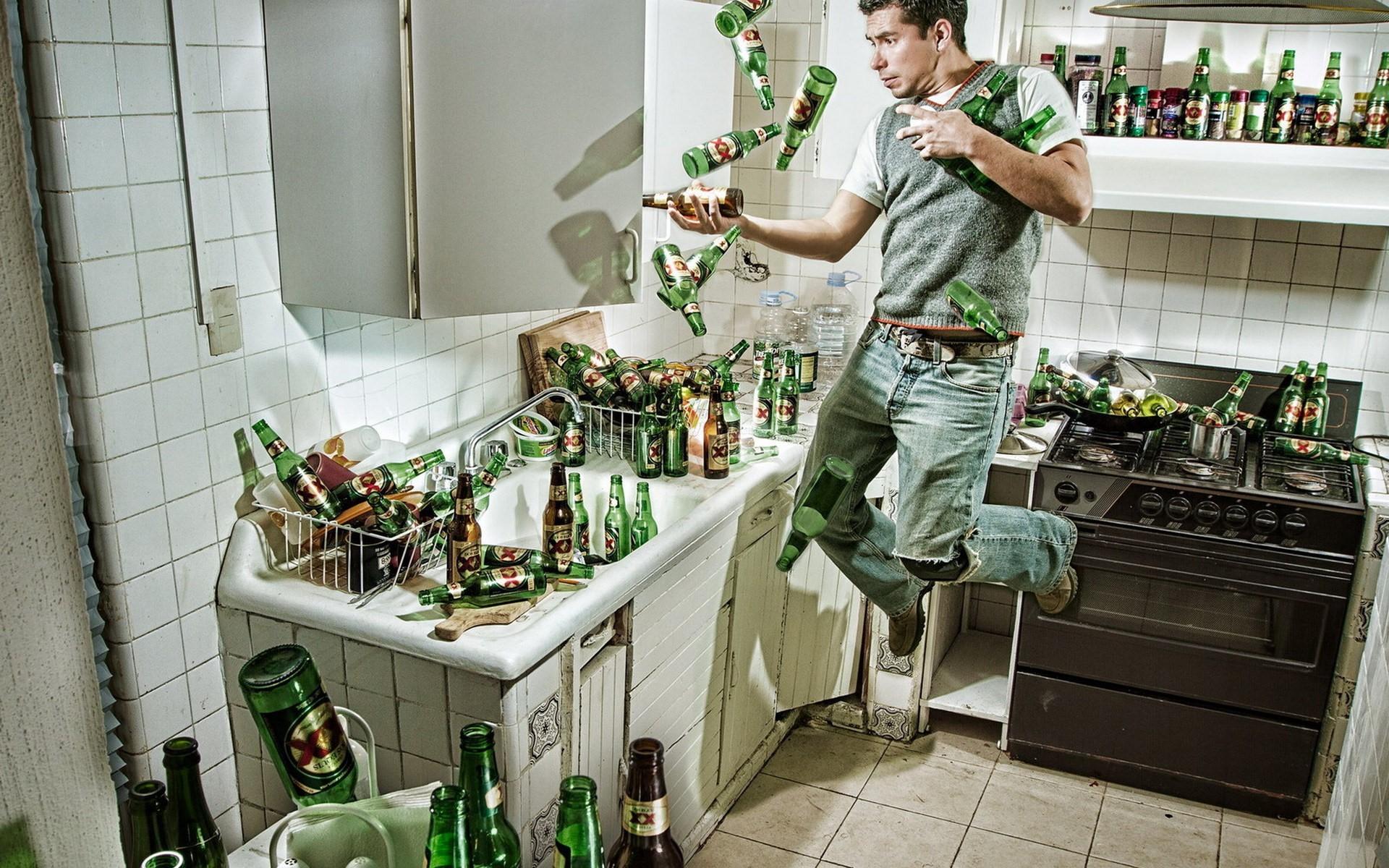 один вид мужчина на кухне приколы фото такая
