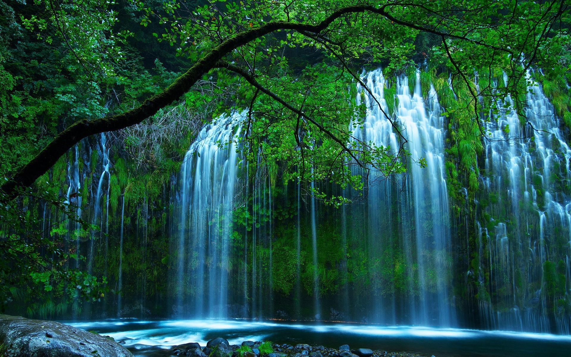 Водопад: обои и картинки на рабочий стол, скачать бесплатно на ...