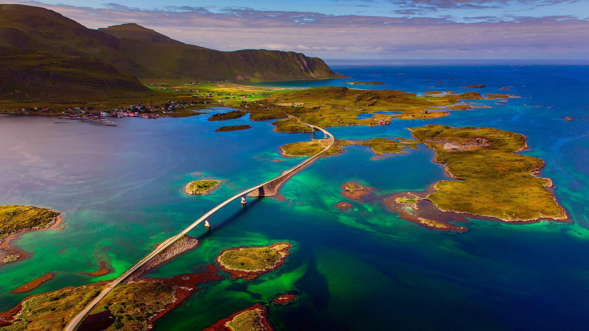 World___Norway_A_bridge_in_the_Lofoten_Islands__Norway_094847_.jpg