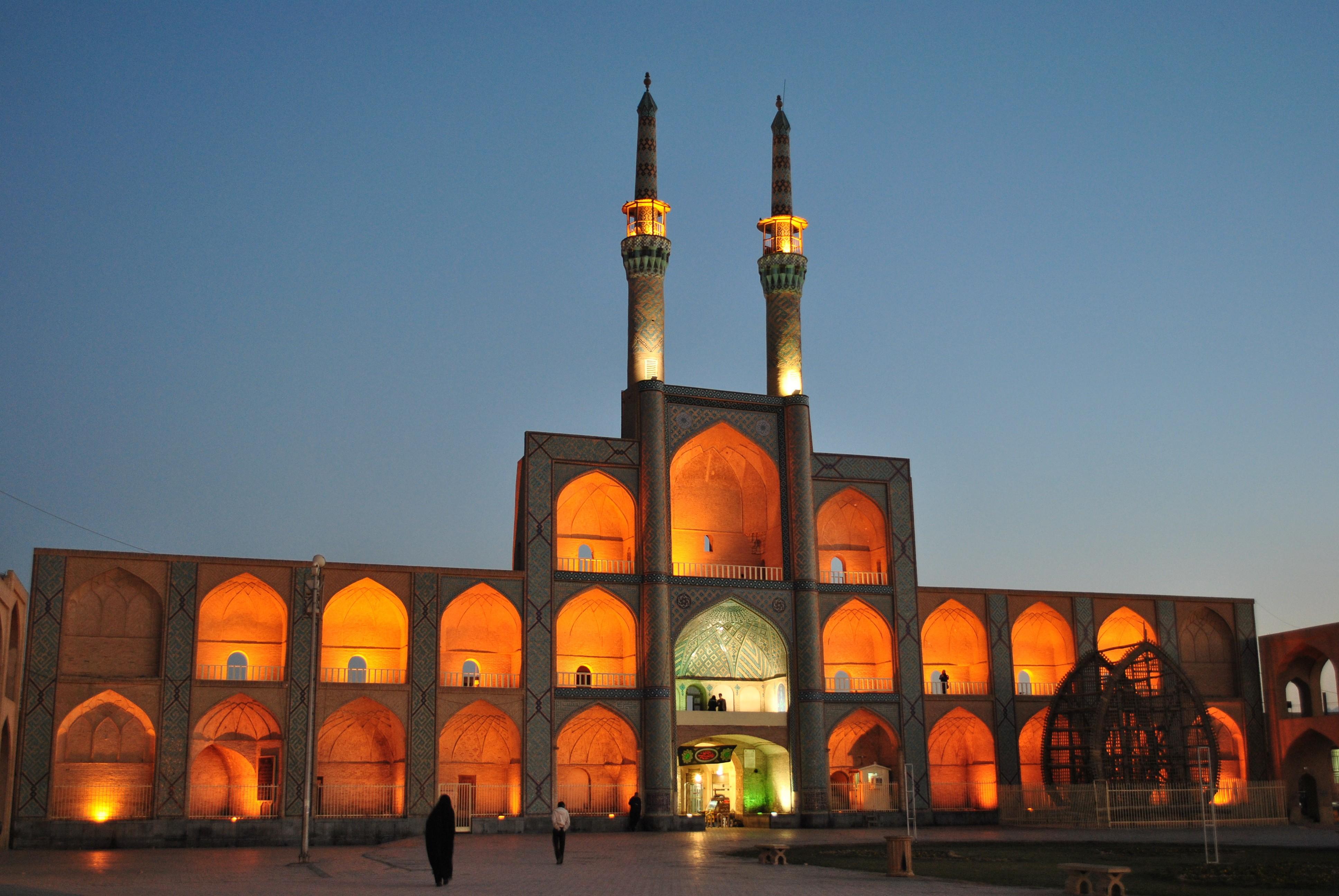 мечети в иране фото роман