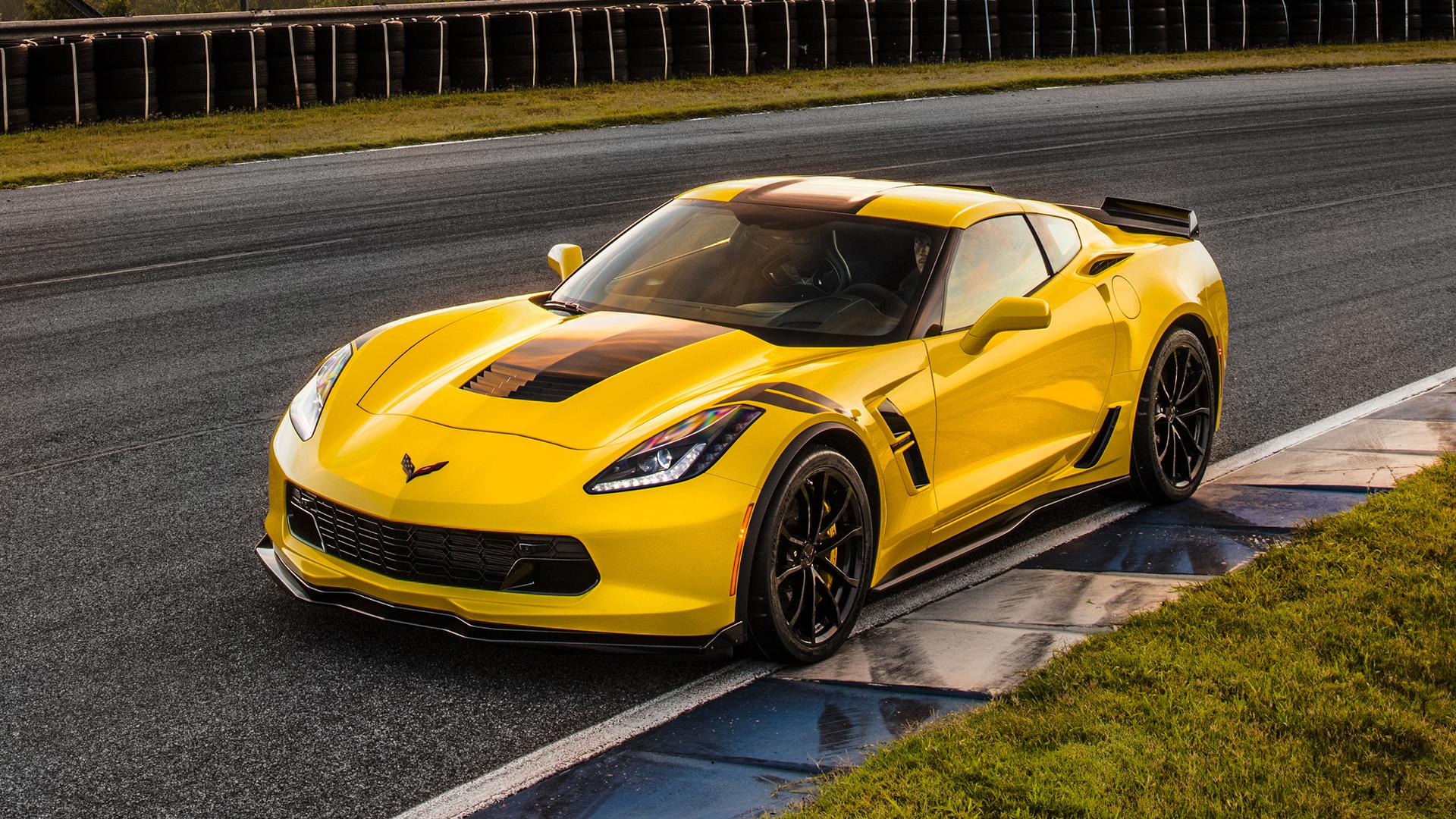 Corvette Grand Sport Iphone Wallpaper: Yellow Chevrolet Corvette Grand Sport 2017 Wallpapers And