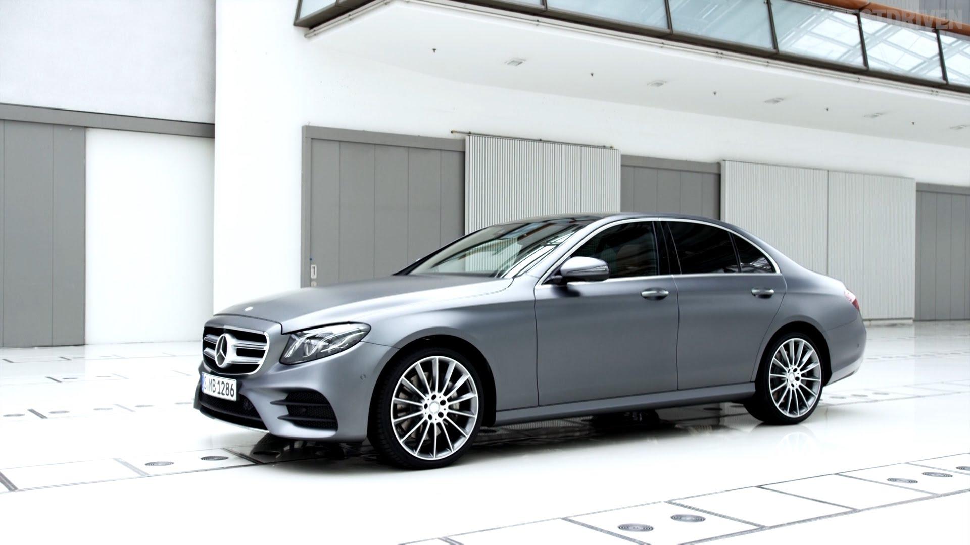 2017Auto___Mercedes-Benz_Silver_Mercedes
