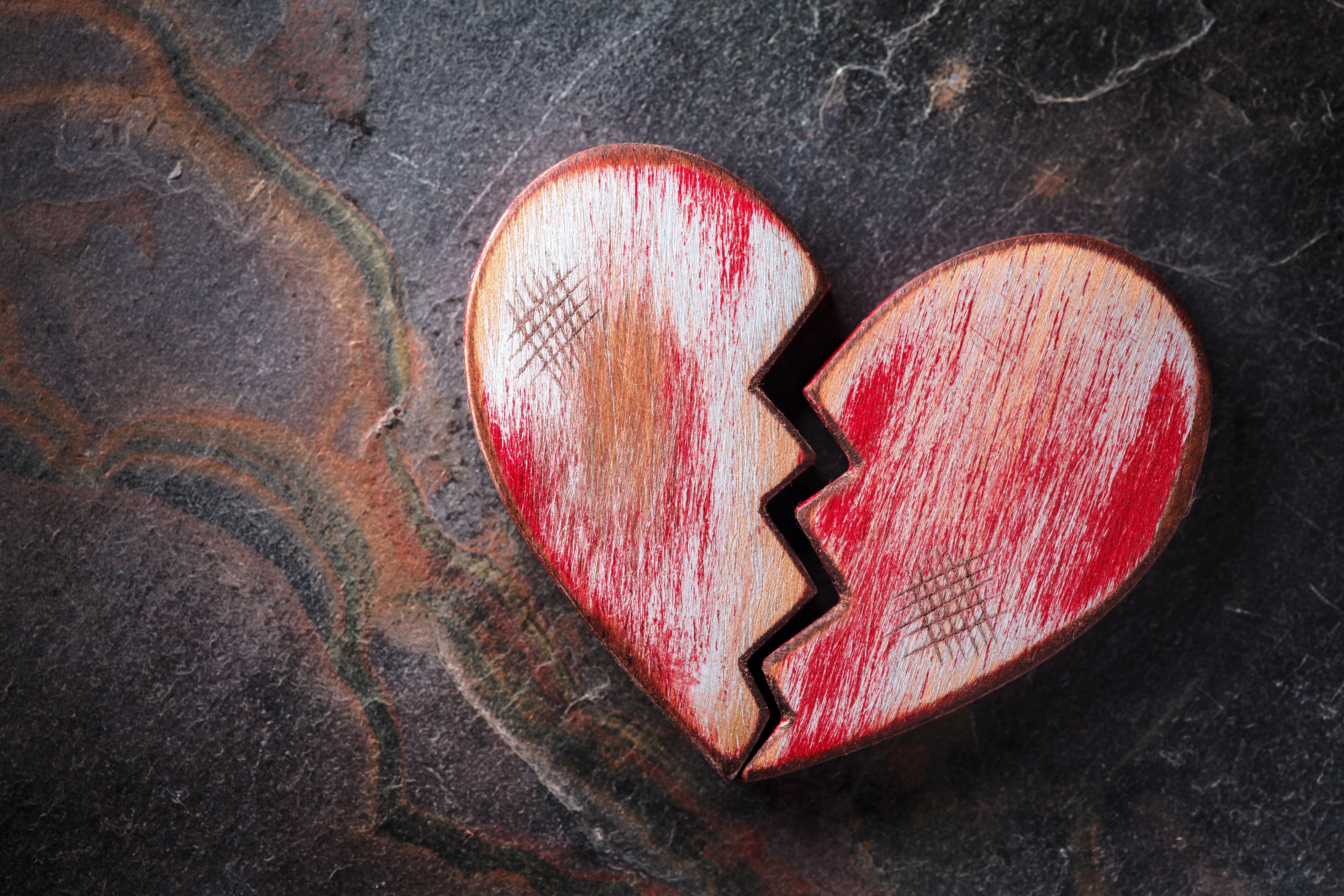 Открытка, картинки разбитая любовь