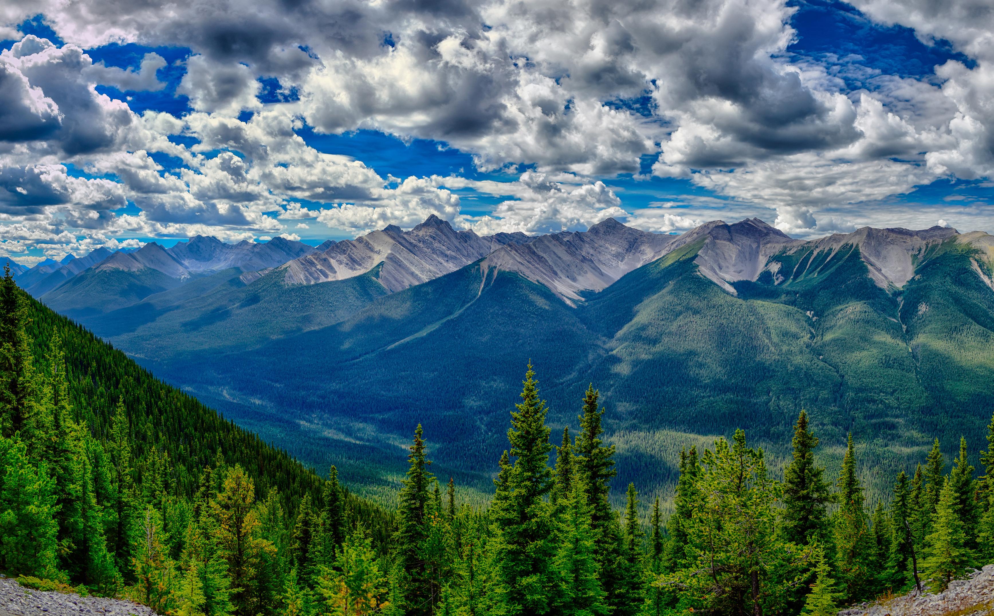 жительница шла красивые картинки гор с облаками самом