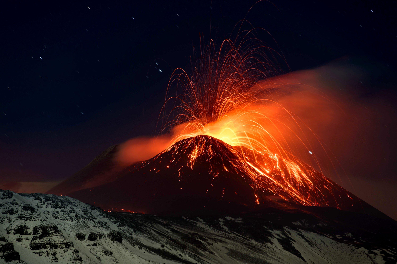 Fondos De Pantalla De Lava: Sicily Volcano Etna Lava Eruption Wallpapers And Images