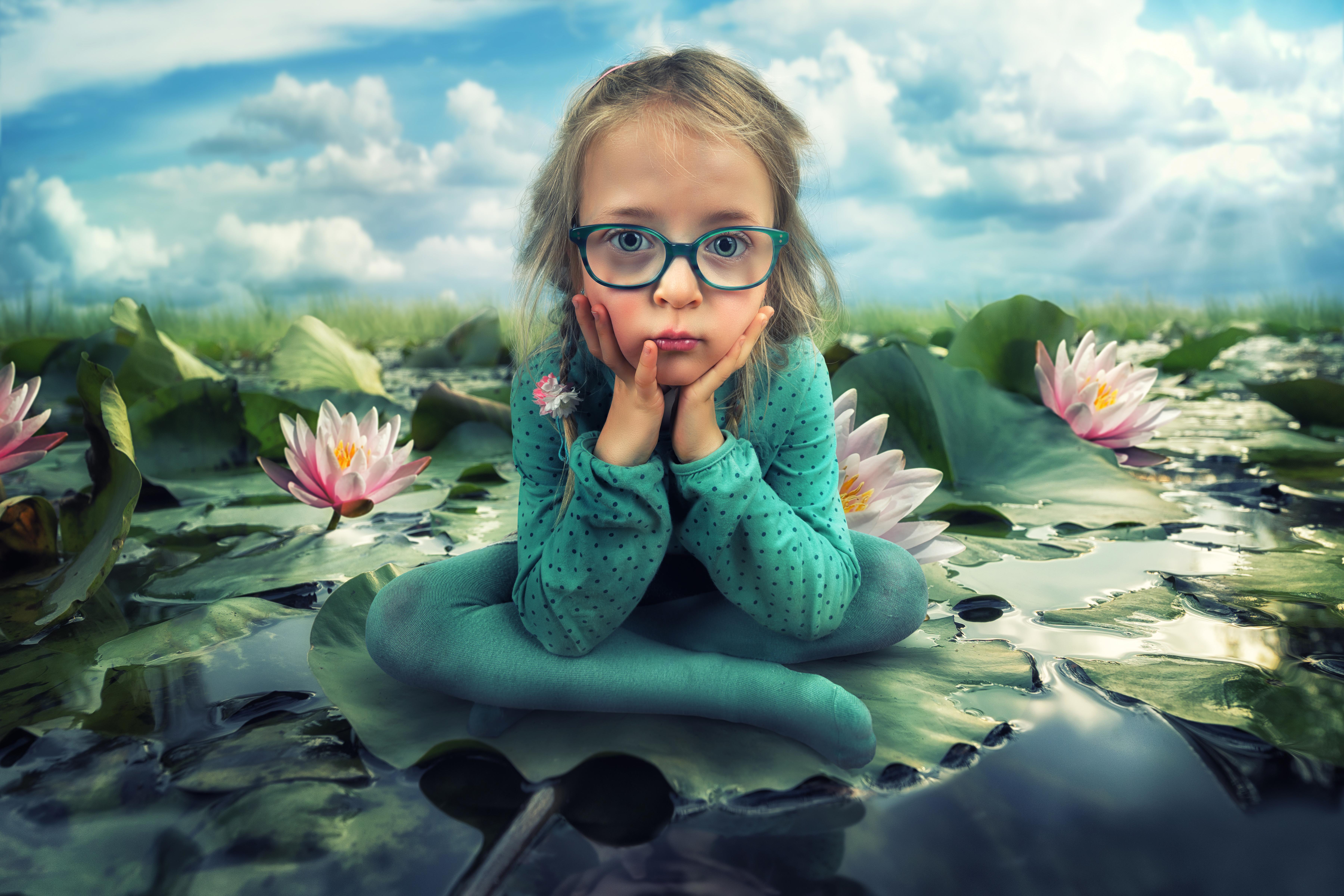 Веселая девочка картинки смешные, отправить открытку письме