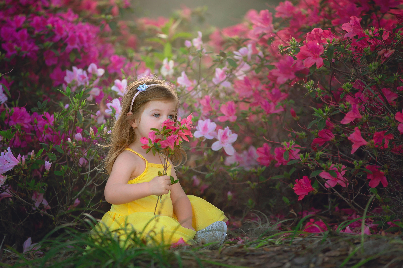 Картинка девочка в цветке