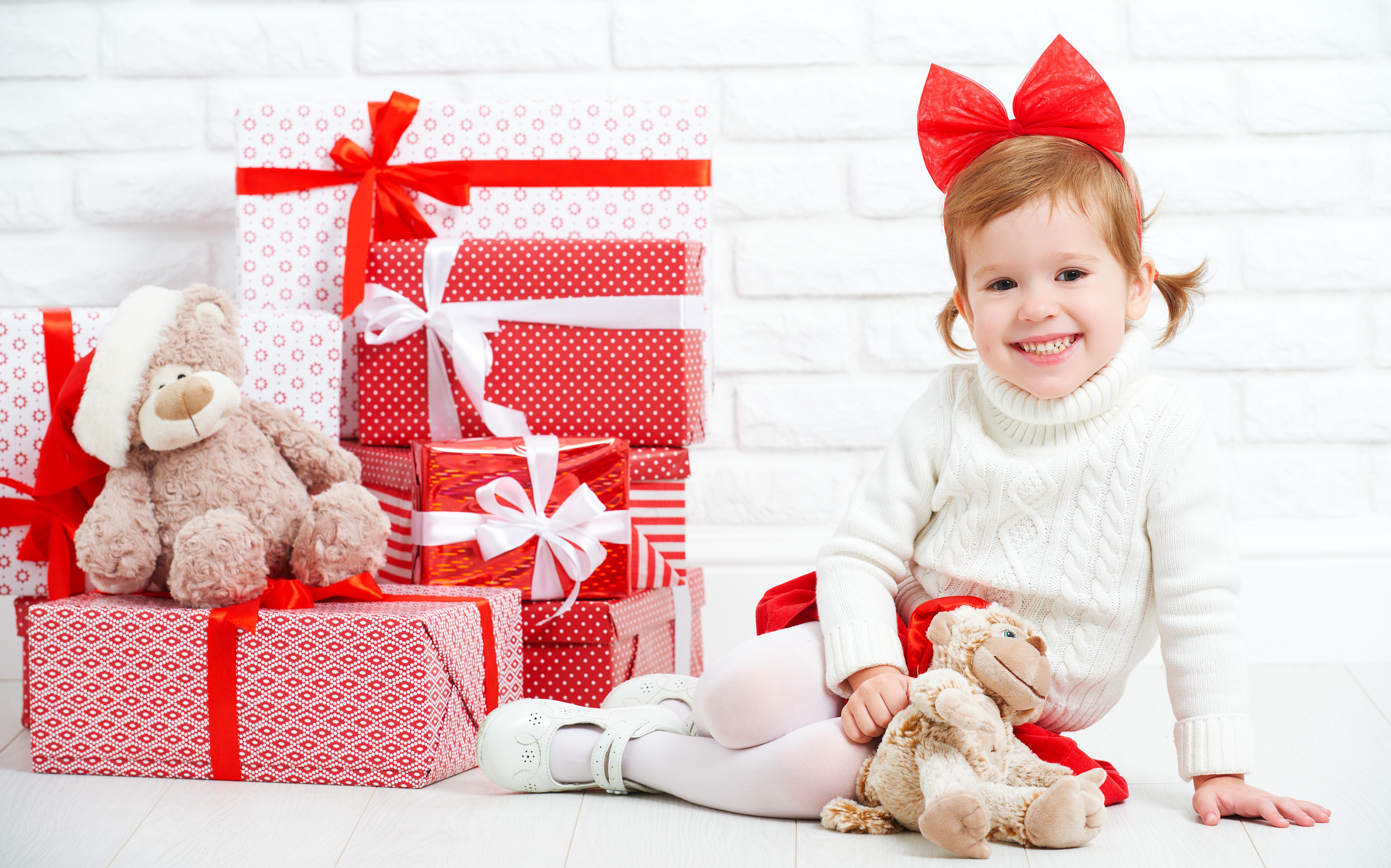 Дети и подарки картинки