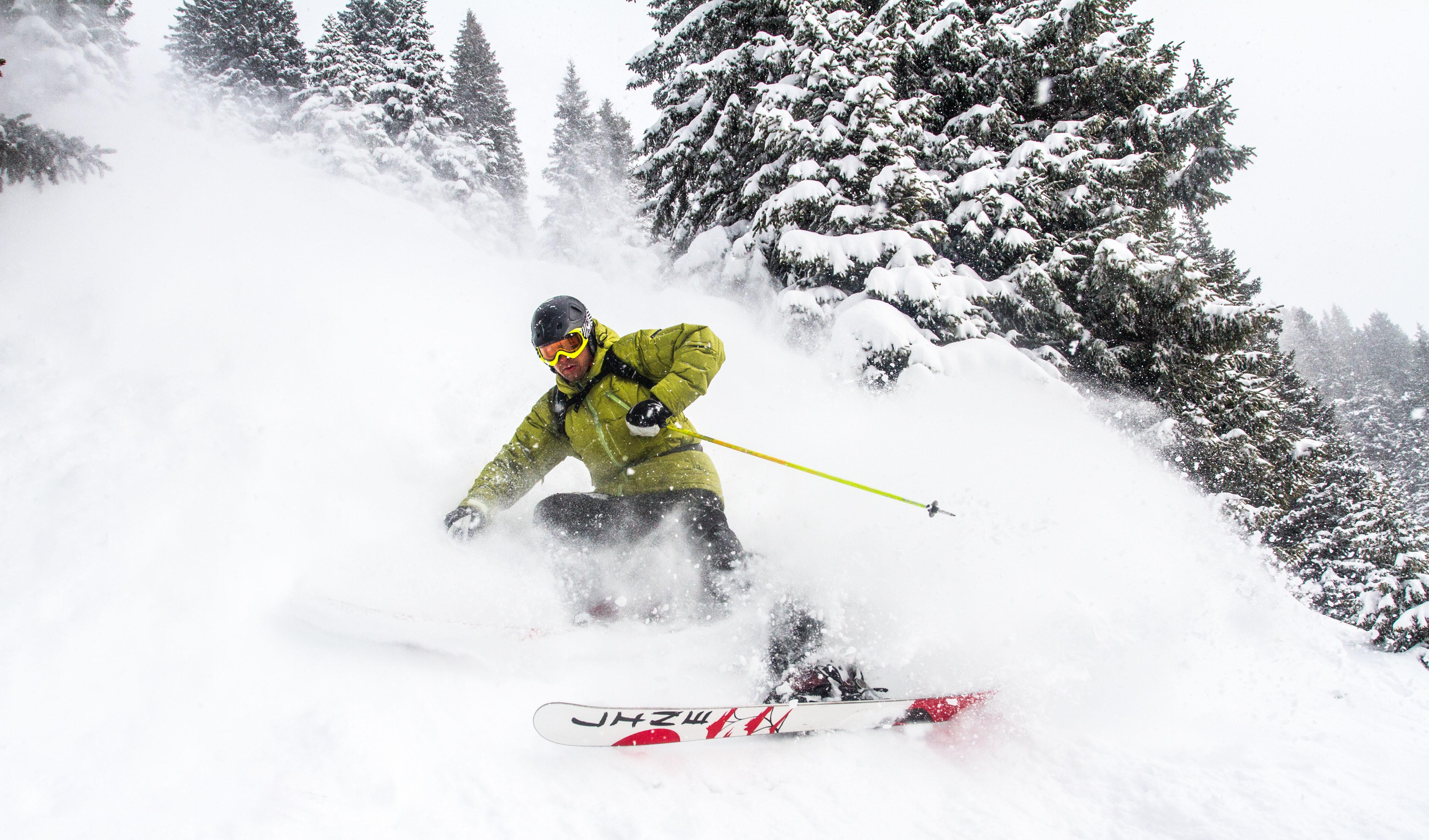 Обои лыжник, спуск, склон. Спорт foto 19