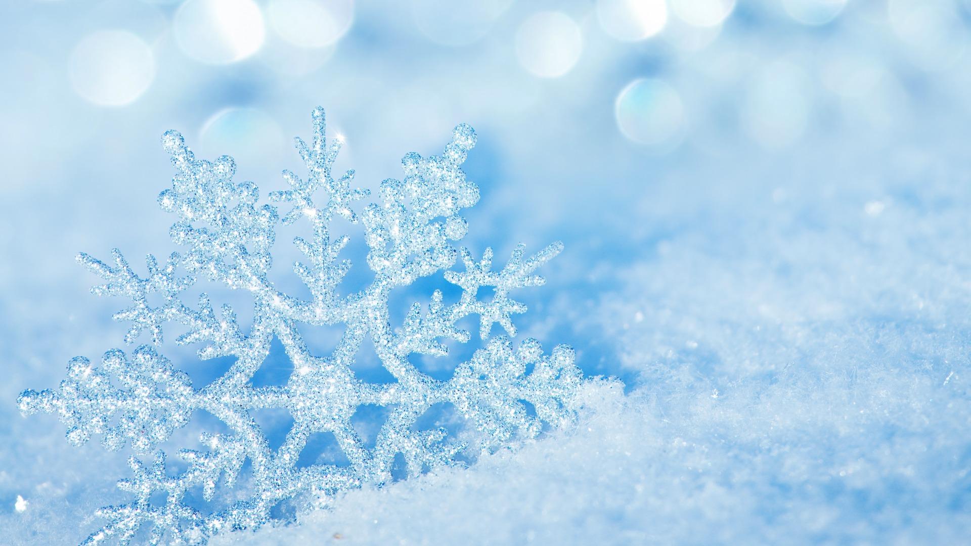 Снежинки фотообои на рабочий стол