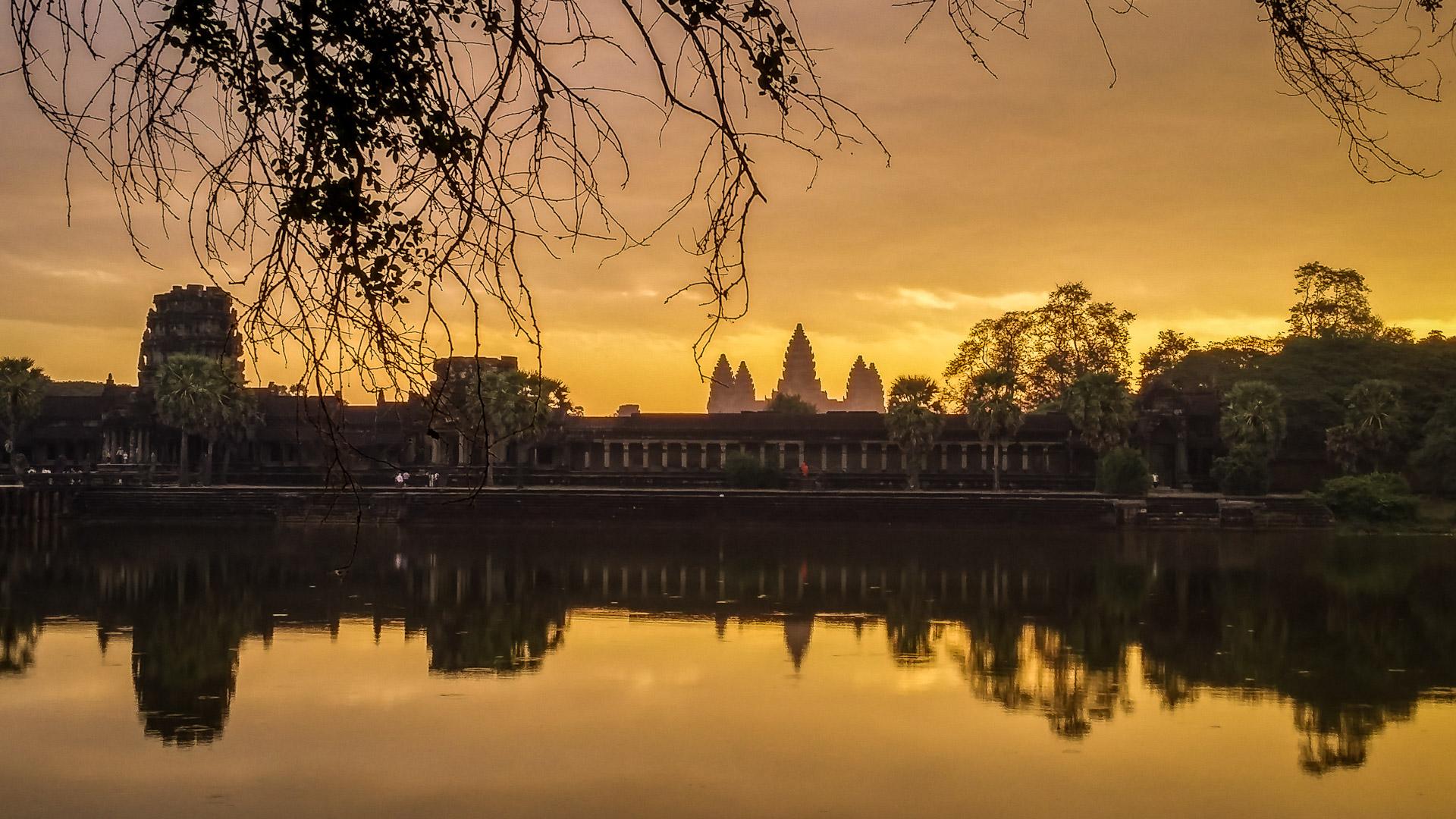 Angkor Wat Pictures Wallpaper  WallpaperSafari