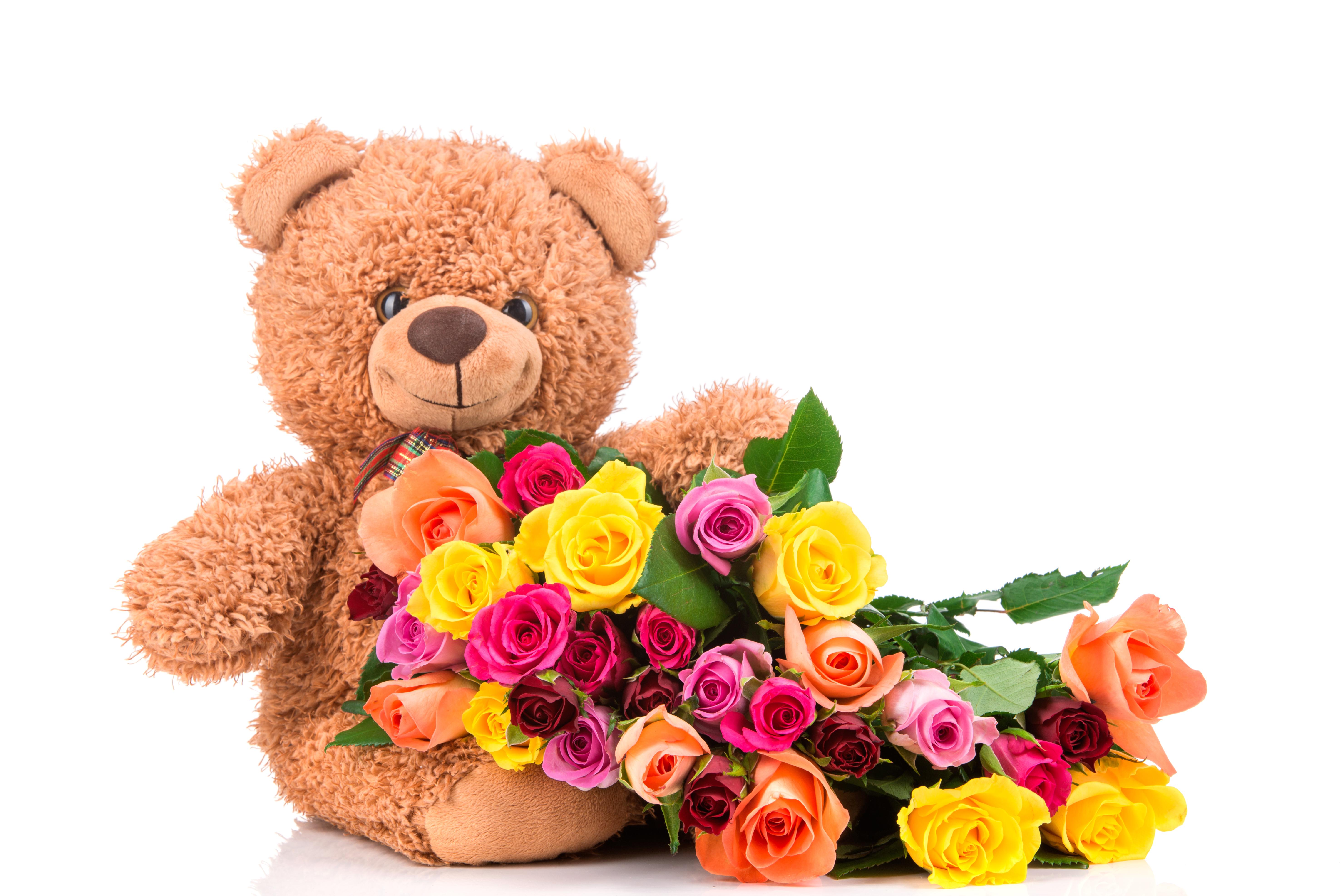 скорей картинки медвежонок с цветами это