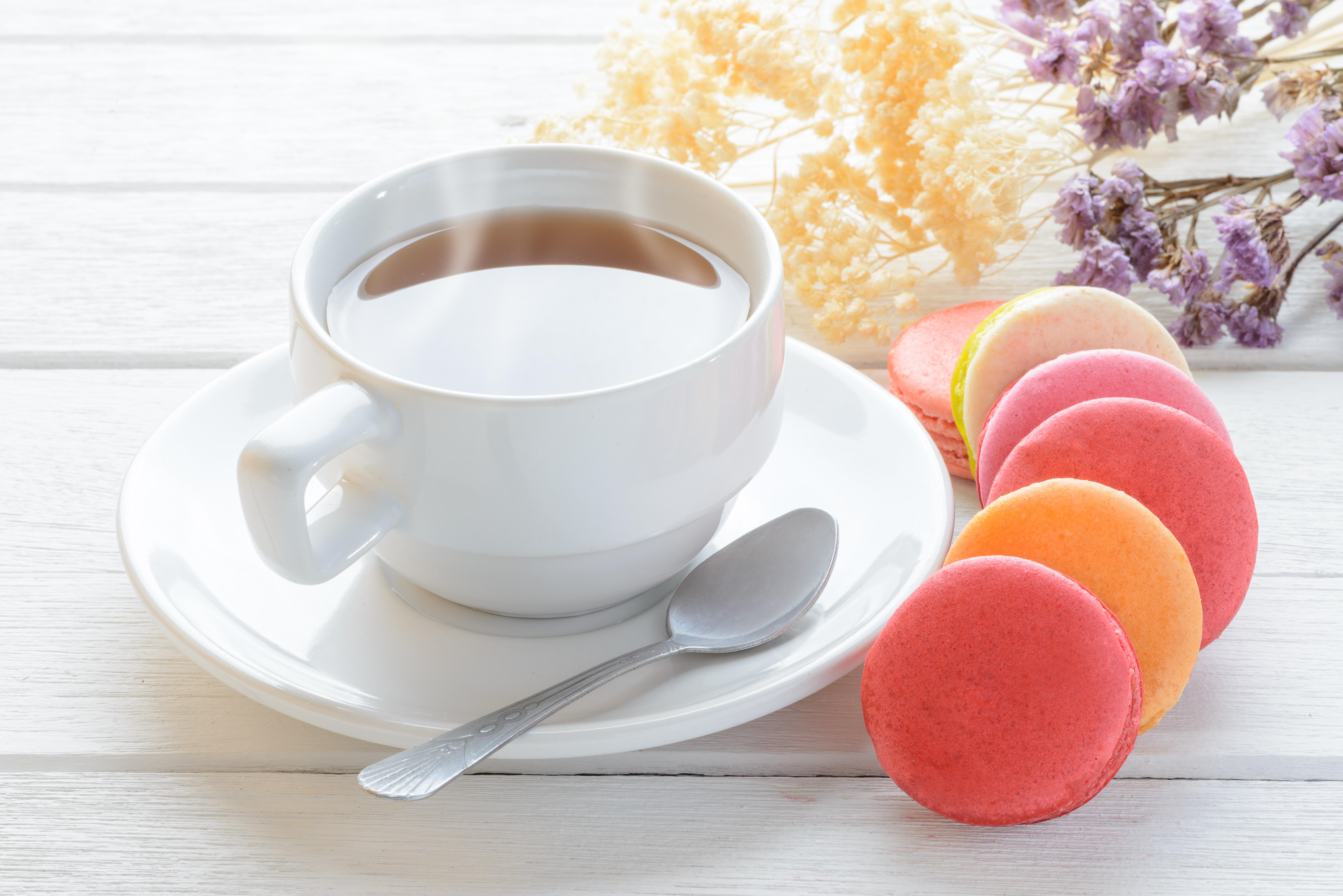 Картинка чашка чая с пирожным