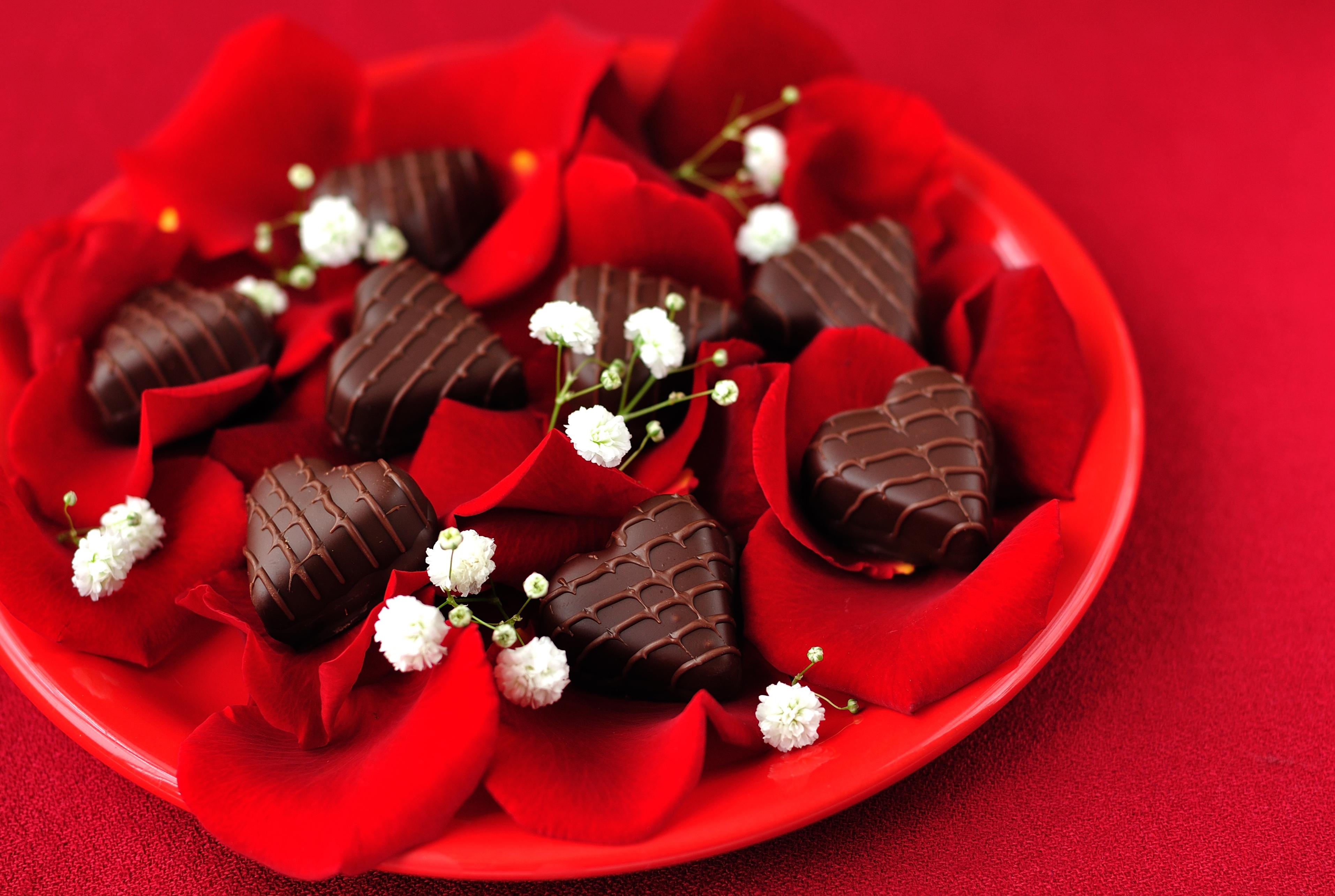 Шоколадное сердце открытка, поздравление днем