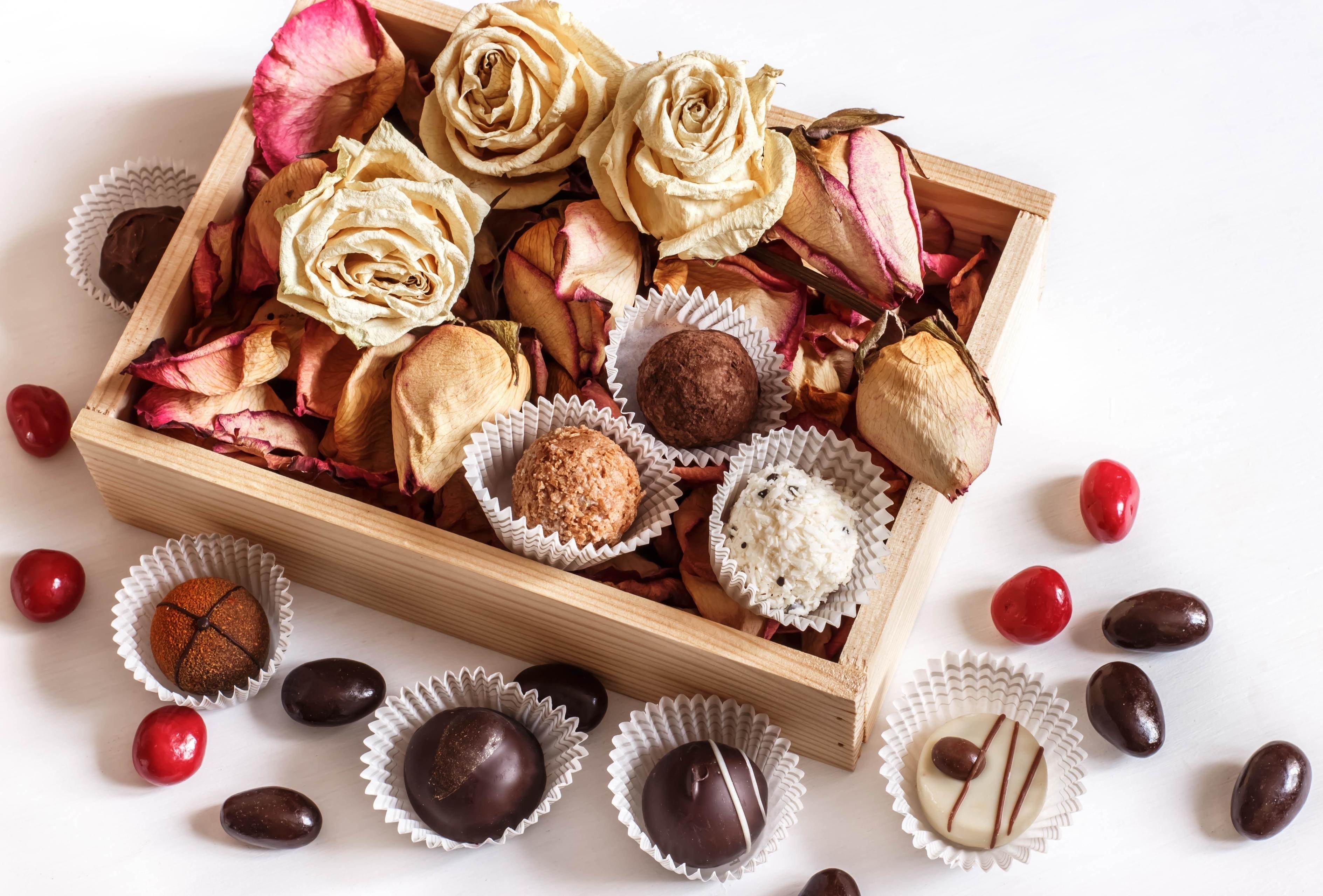 картинки с шоколадными конфетами и цветами нужна помощь пошиве