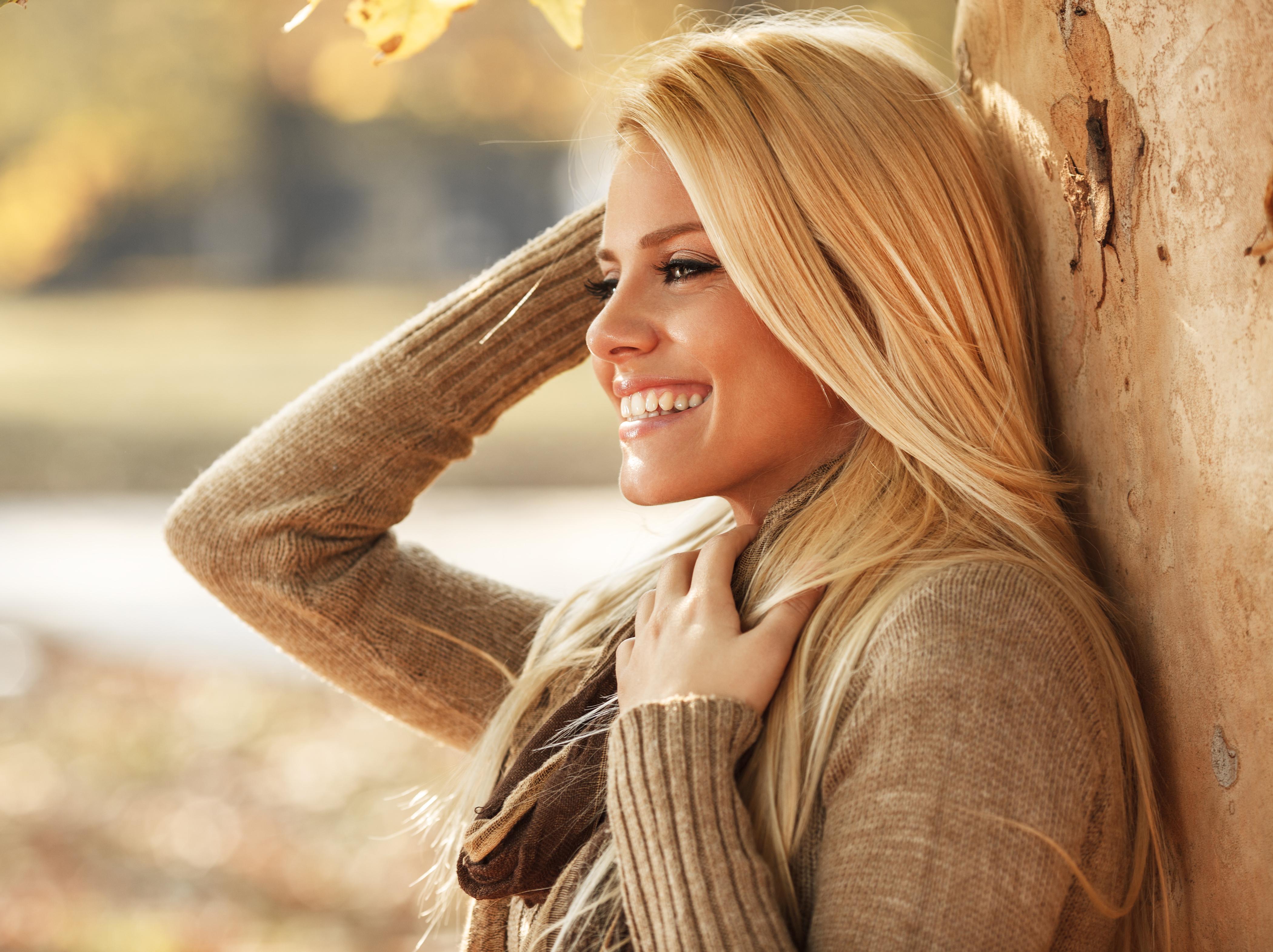 Картинка для аватарки блондинка