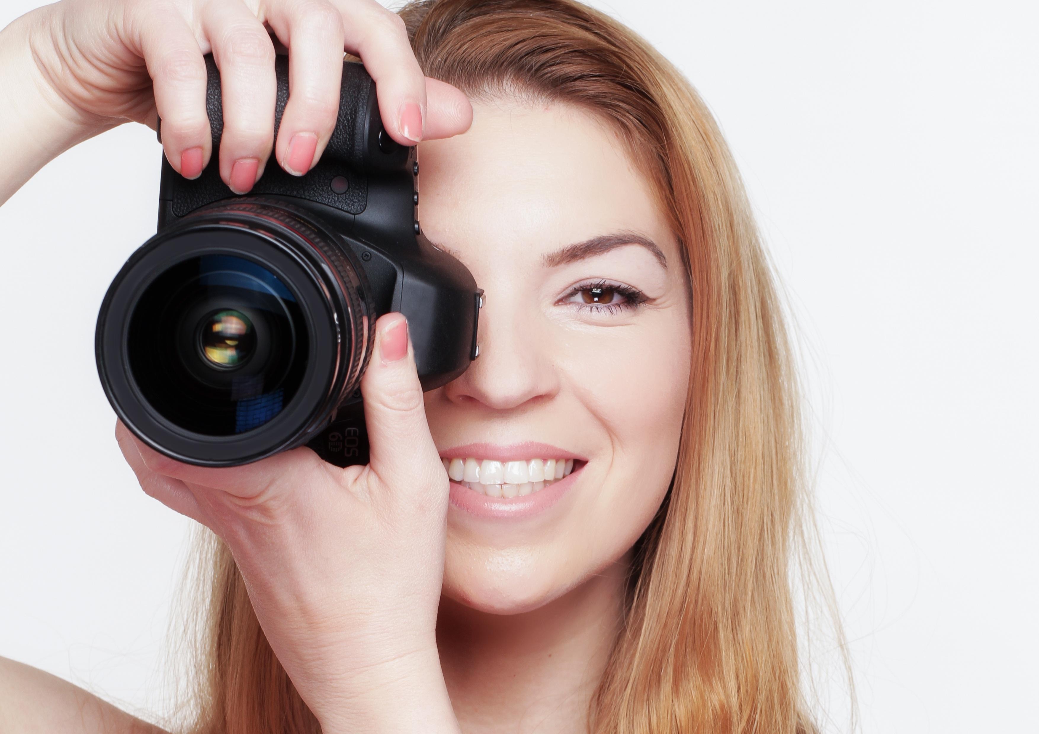 добовить картинки к фото личного