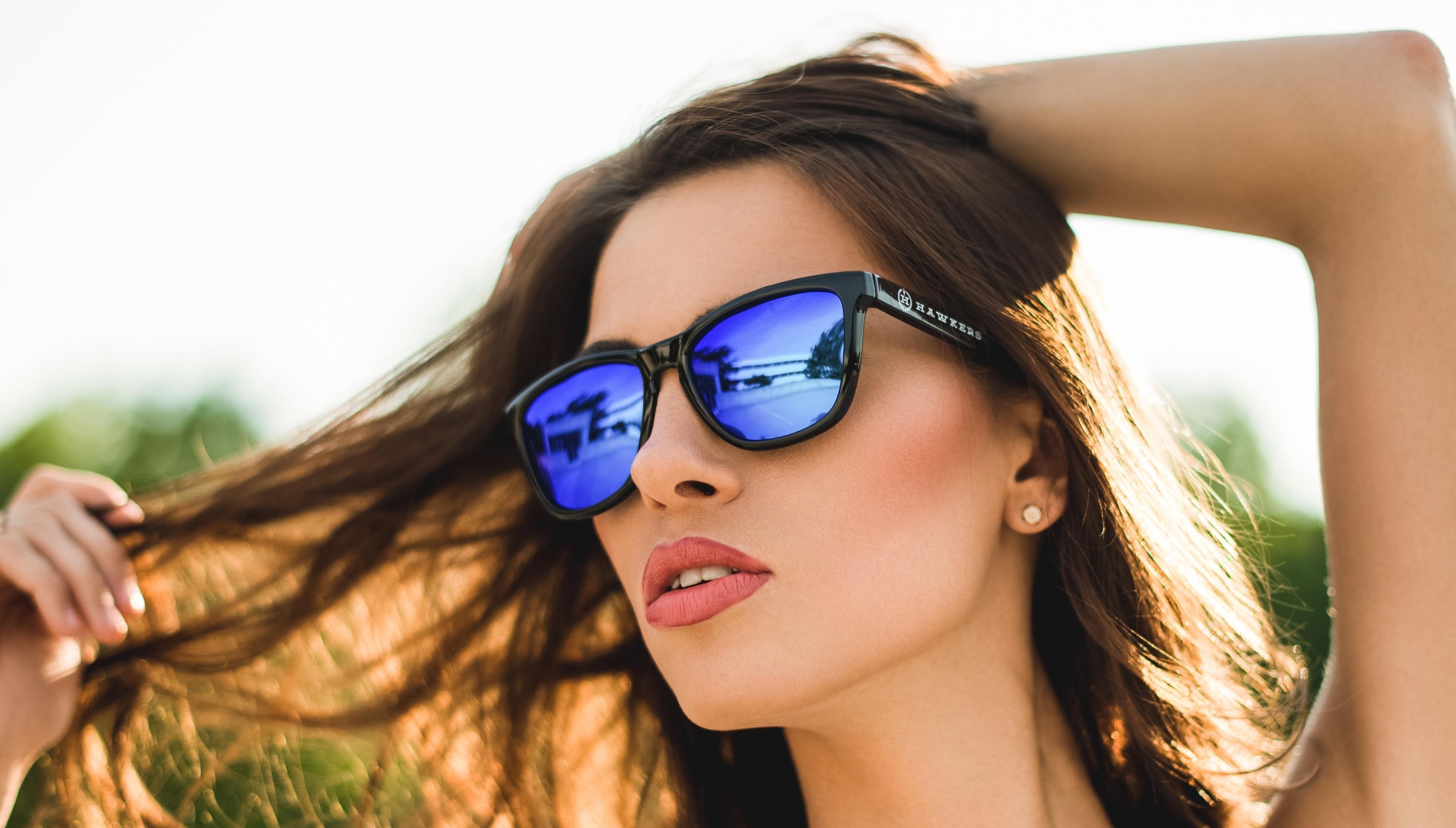 Девушки в темных очках картинки, знаменитые порно фото сайты