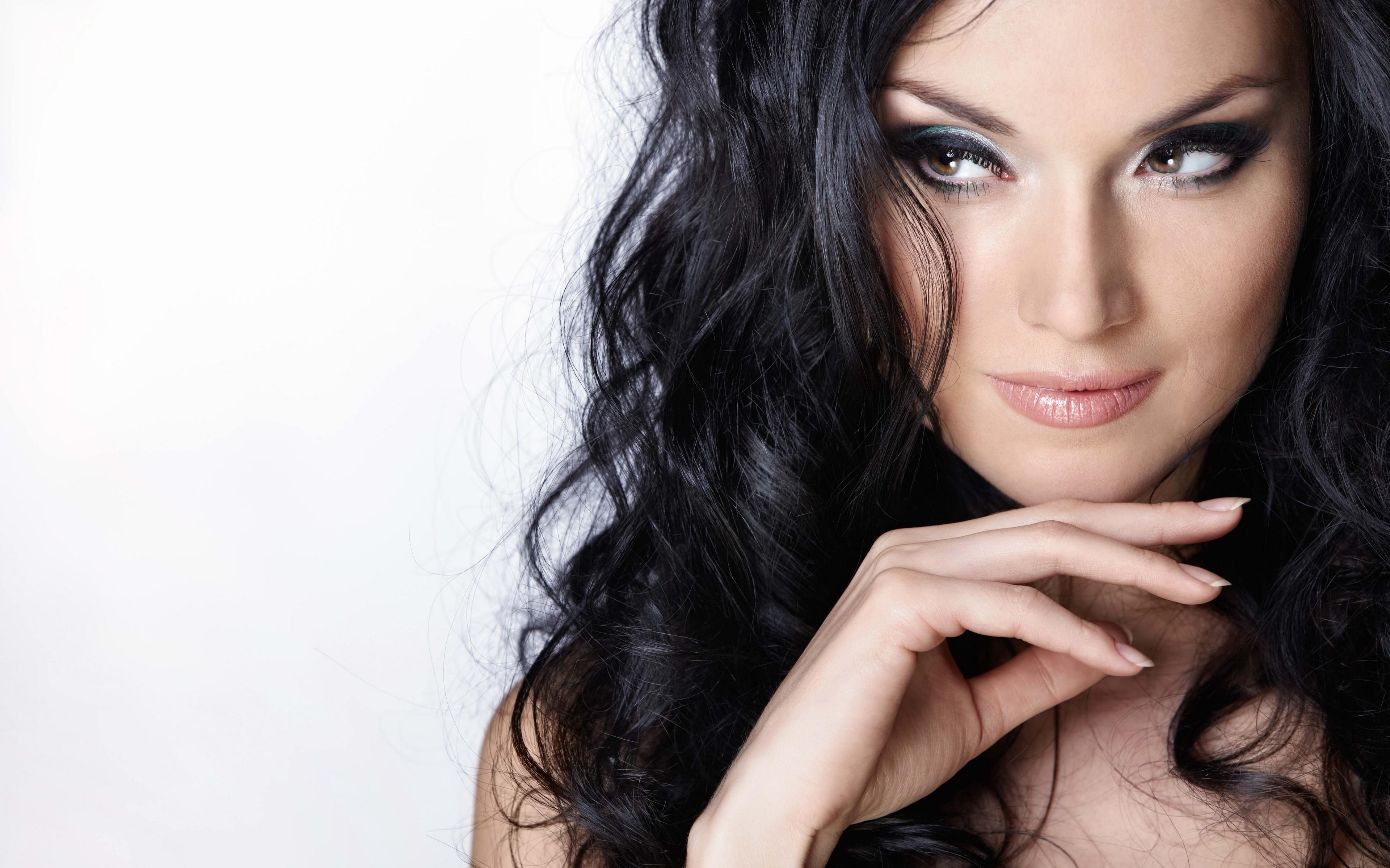 красивые девушки женщины брюнетки этой статье каждая