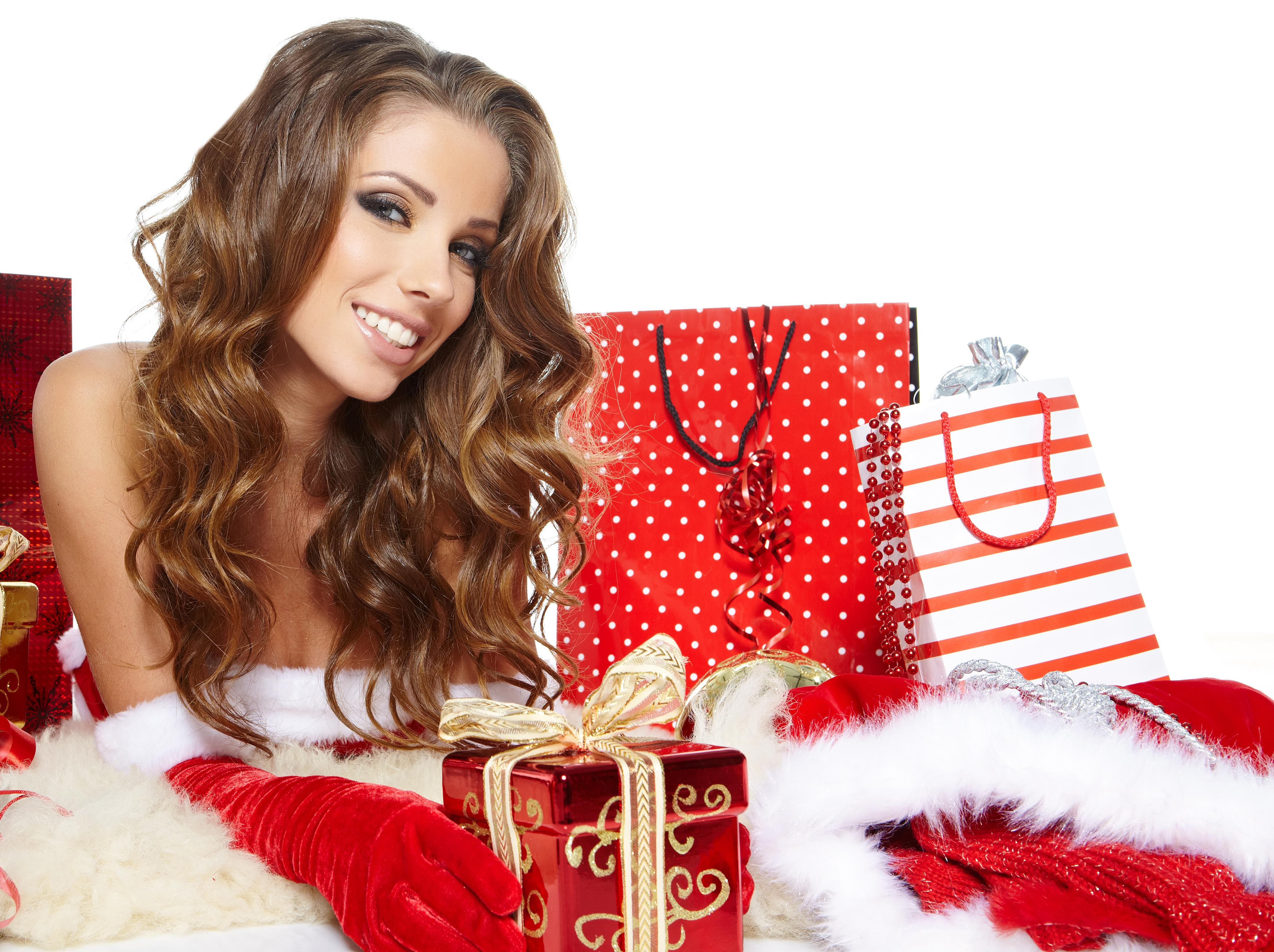 Открытки на новый год с девушками, шиншиллы картинки открытка