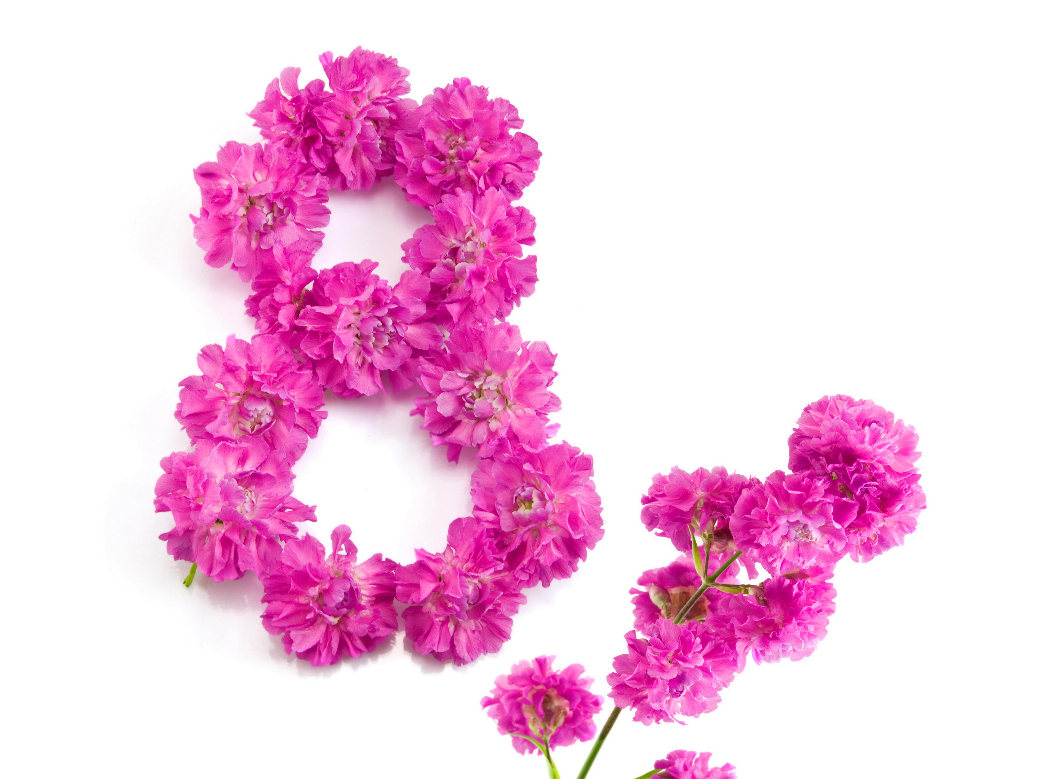 Цветы к 8 марта картинки в форме цветов