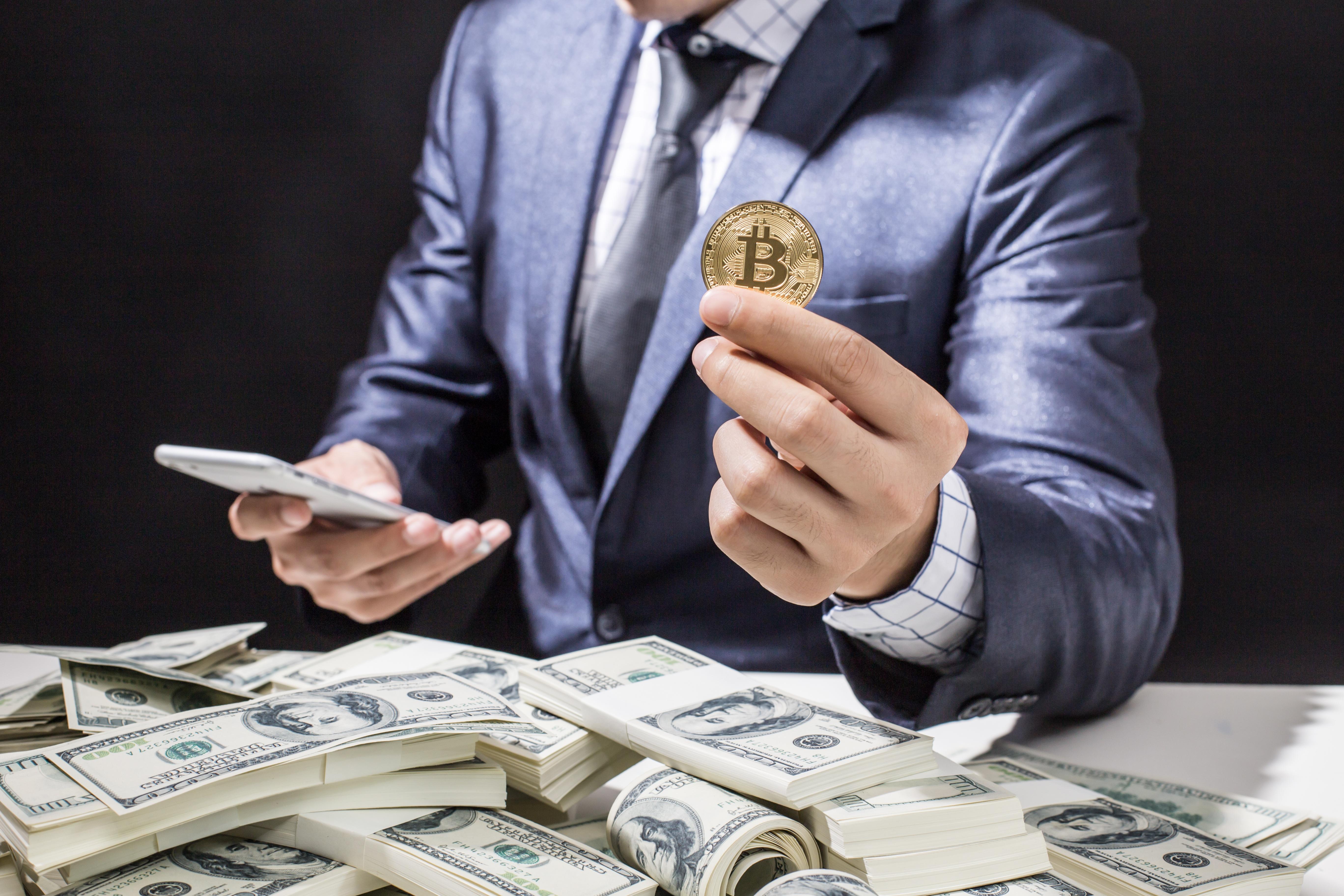 Картинки деньги и люди мужчины