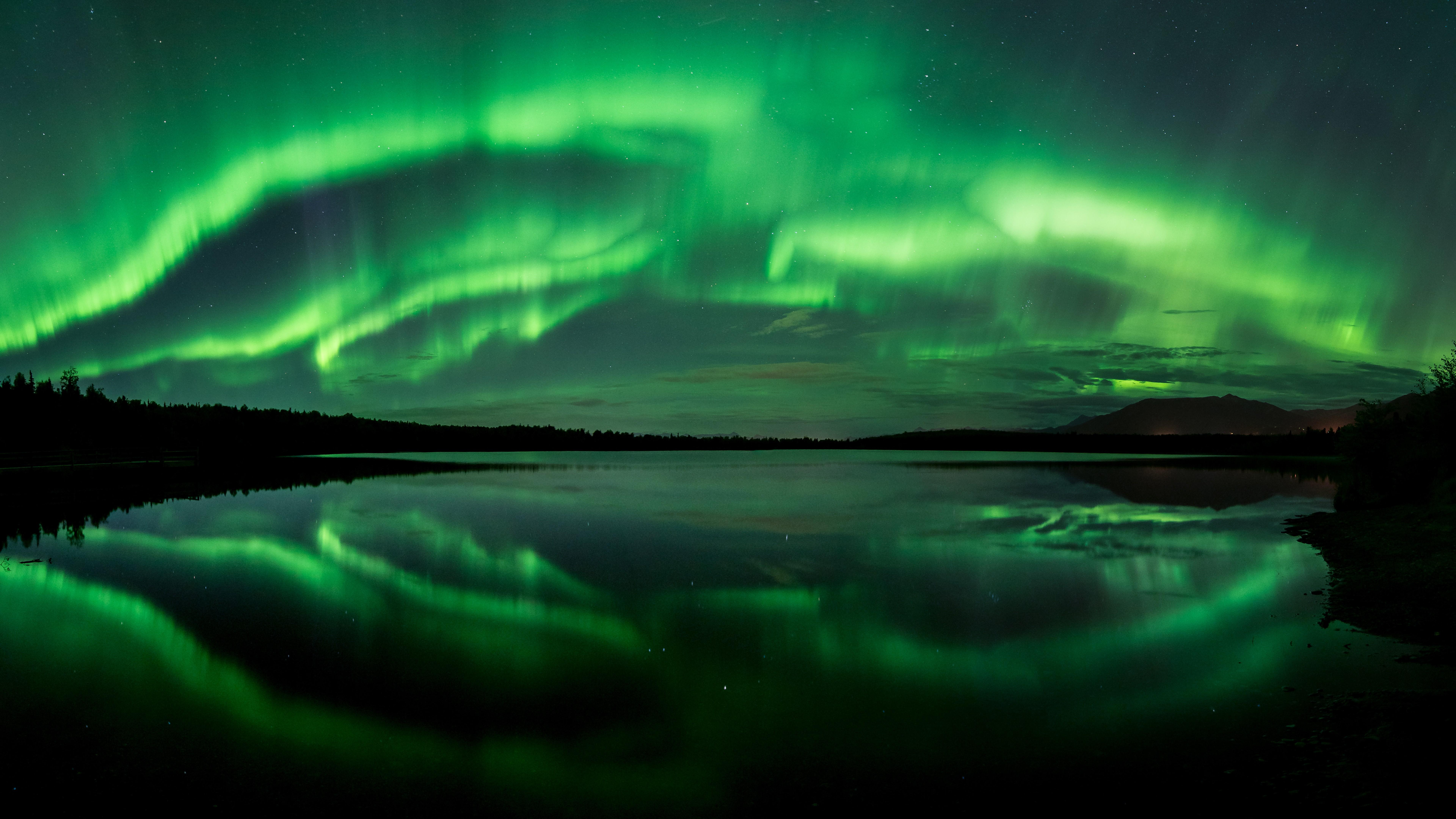 aurora - HD5120×2880