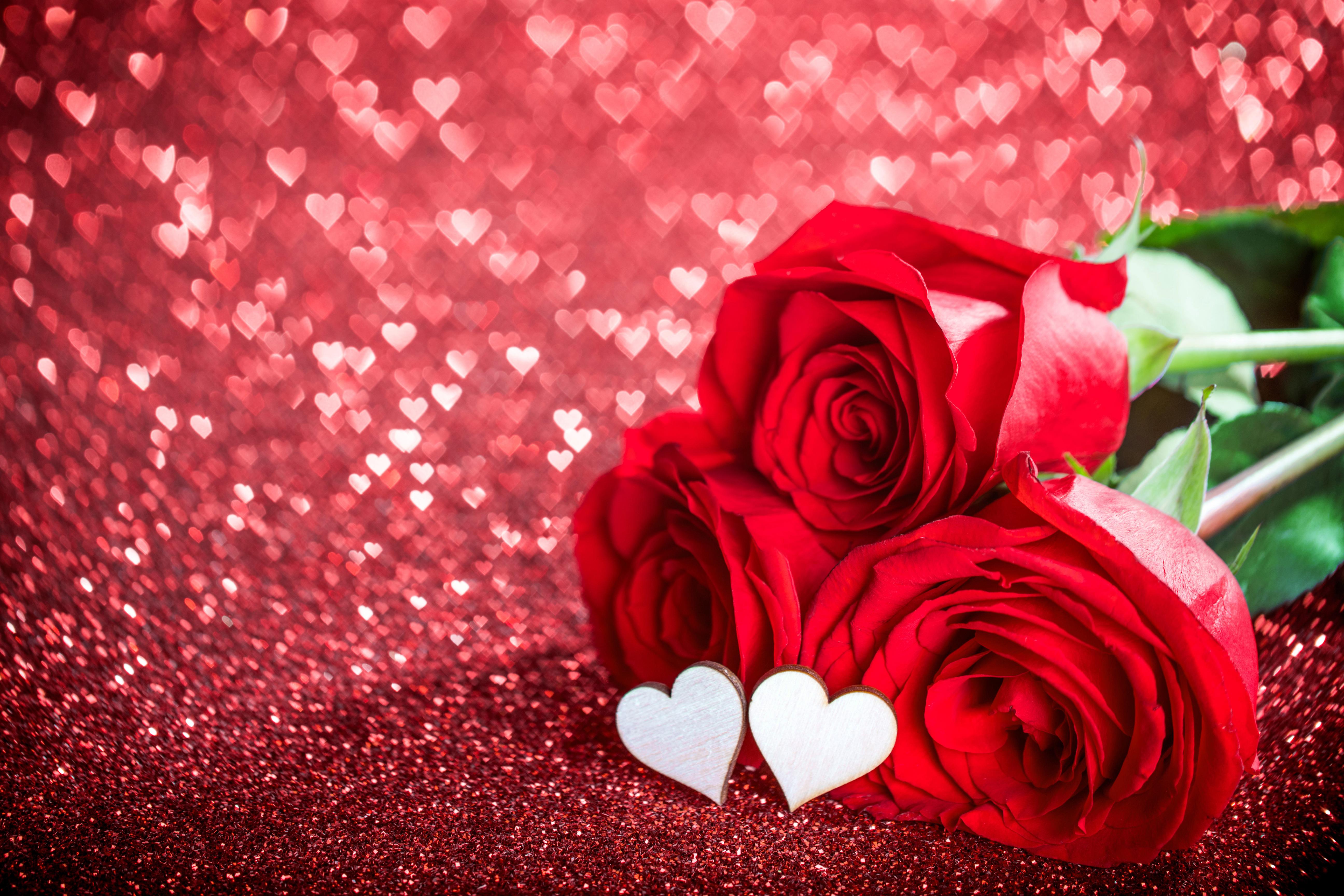 Картинки с красными цветами и сердечками