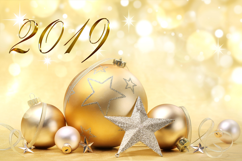 Днем рождения, желтые открытки с новым годом