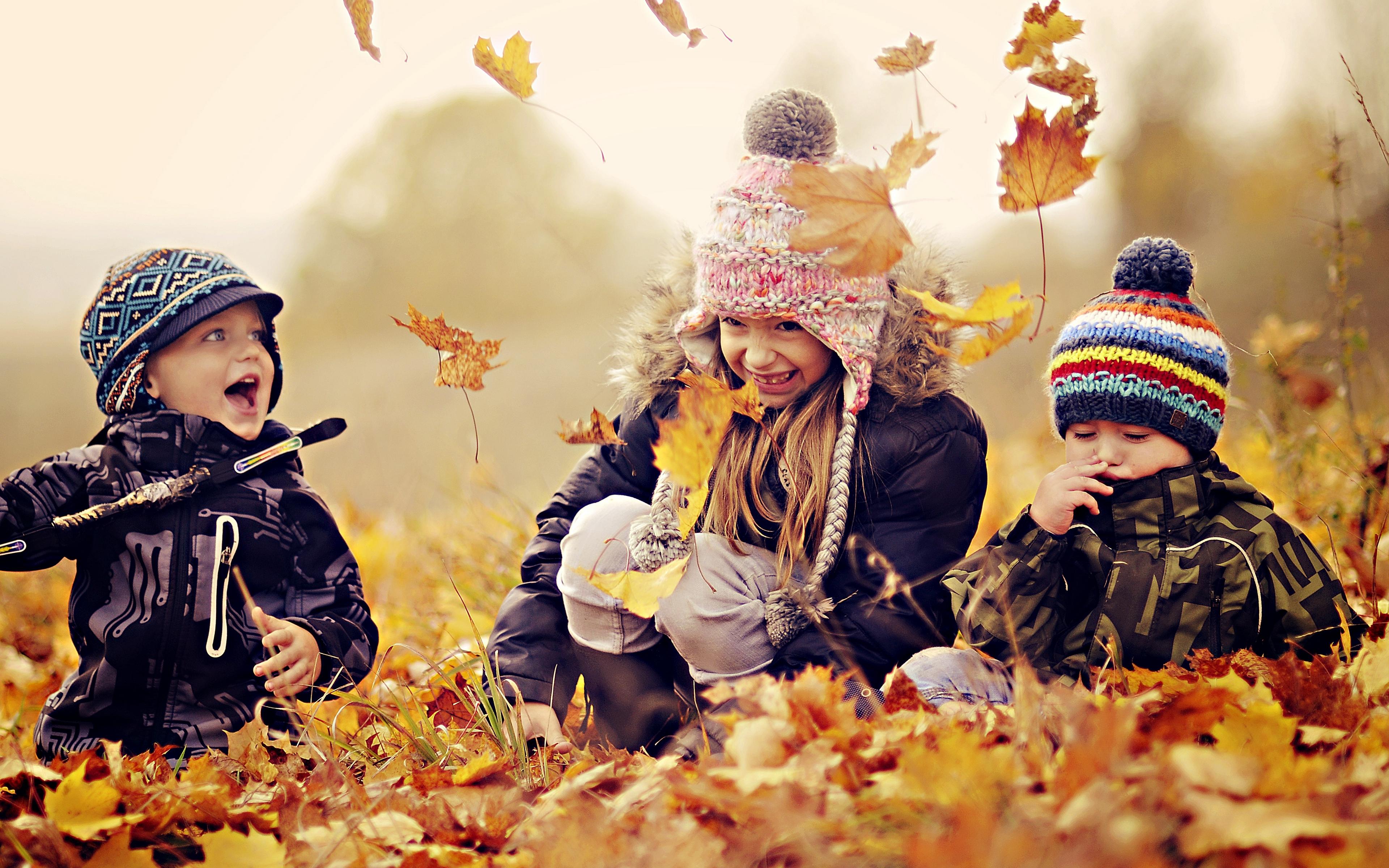 отдельными элементами картинки на рабочий стол осень с детьми своей повести сближает
