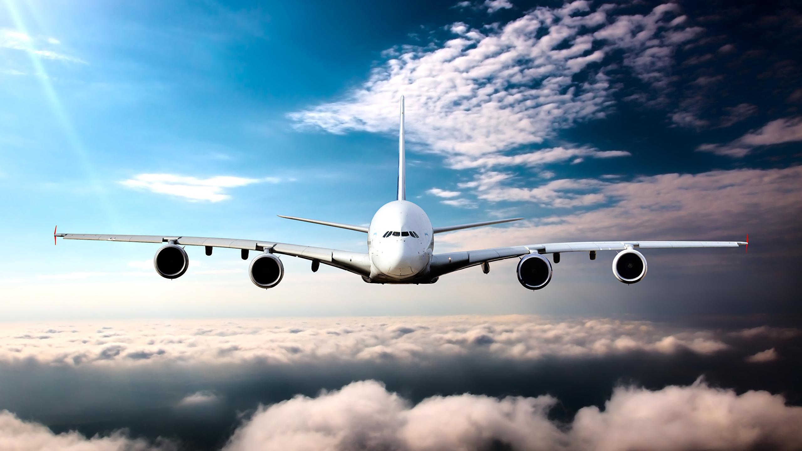 Нужна картинка самолет