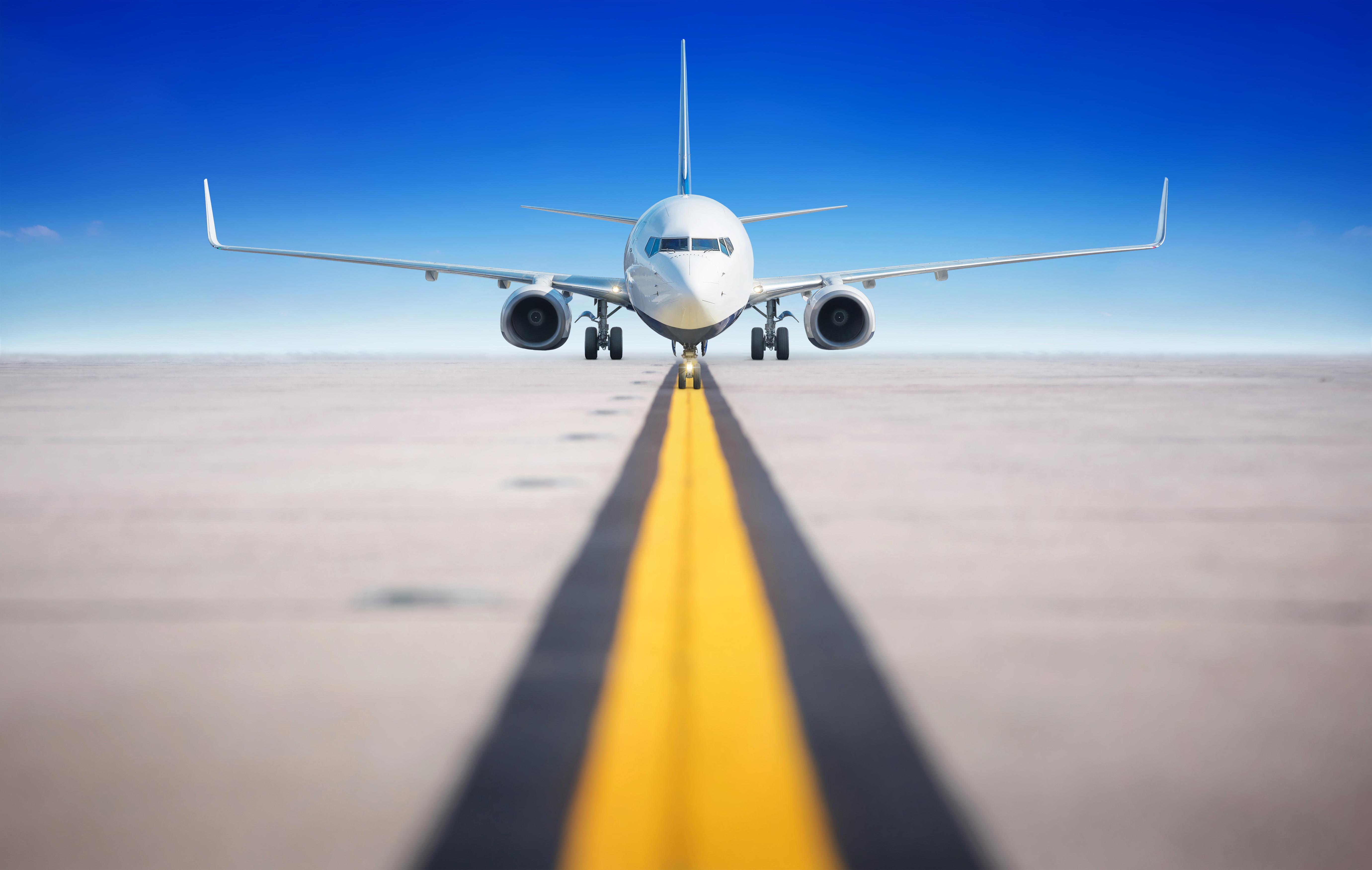онлайн картинки с самолетами на взлетной полосе если боитесь подобного