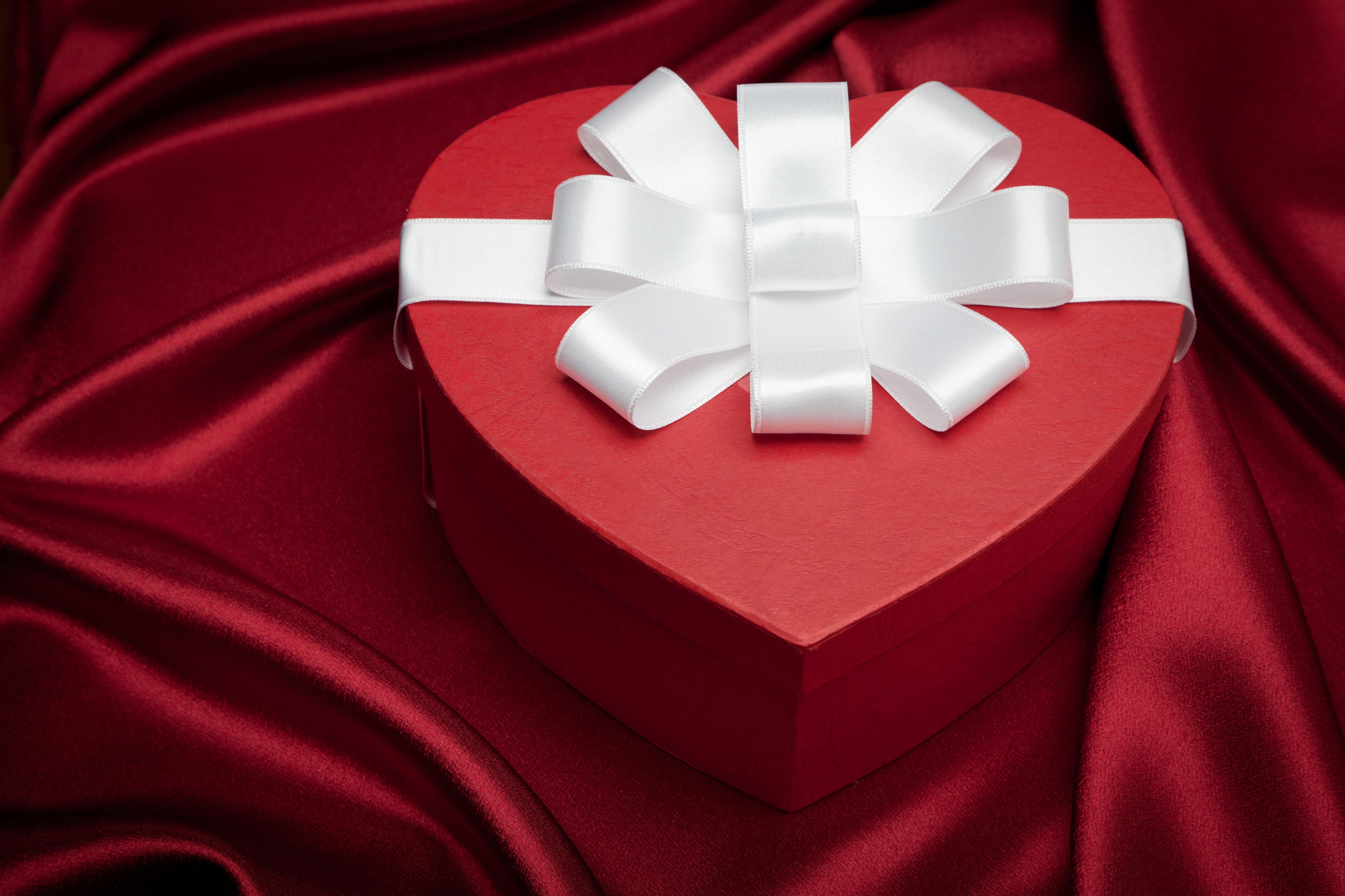 картинка сердце с бантиком печным