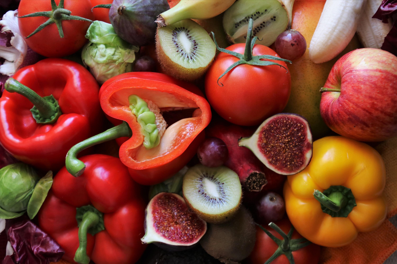 красные овощи и фрукты фото