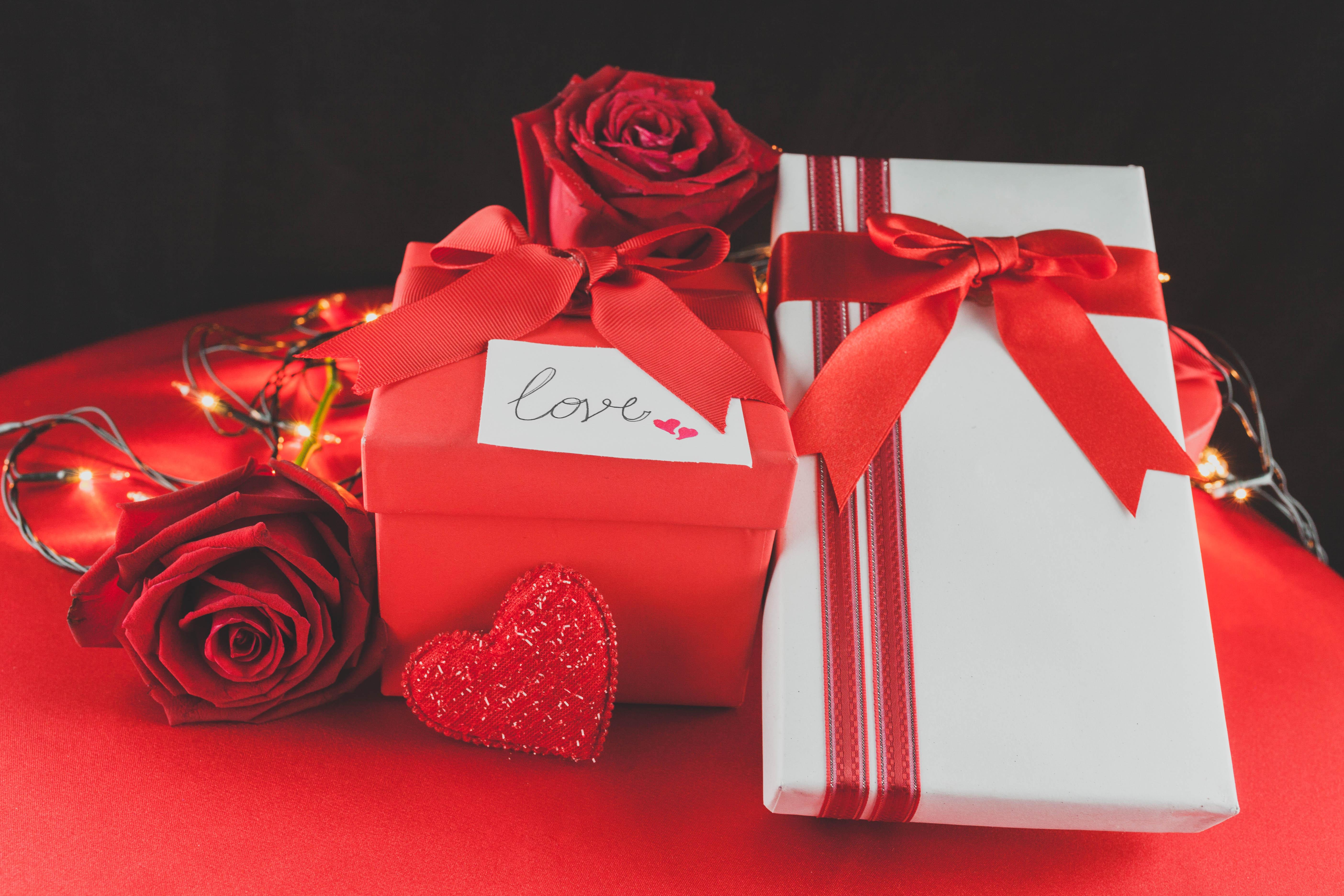 Картинки подарок красивый