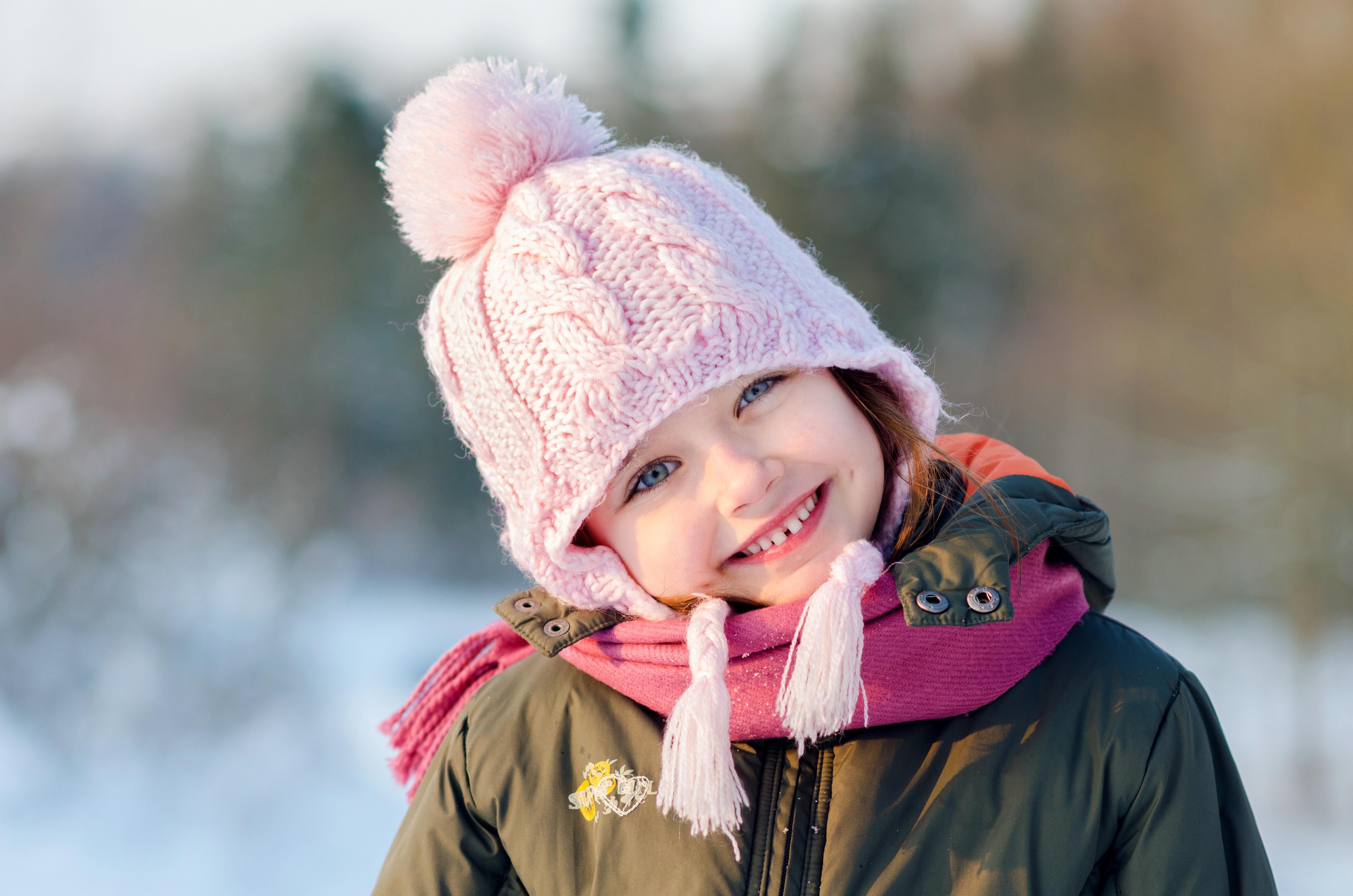 Картинка ребенка в зимней одежде